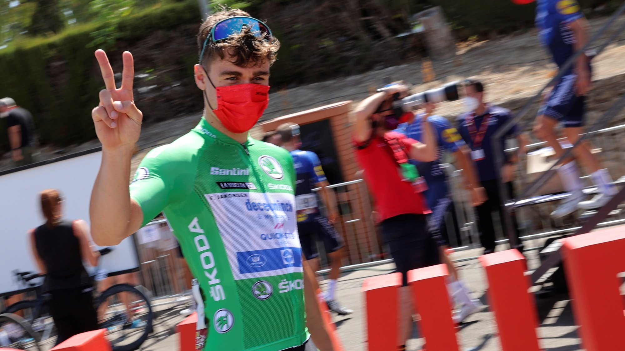epa09428839 Dutch Fabio Jakobsen, Deceuninck-Quick Step, is seen before the start of the 11th stage of the Spanish Cycling Vuelta in Antequera, a 133.6km-long race between Antequera and Valdepenas de Jaen, Spain, 25 August 2021.  EPA/Manuel Bruque