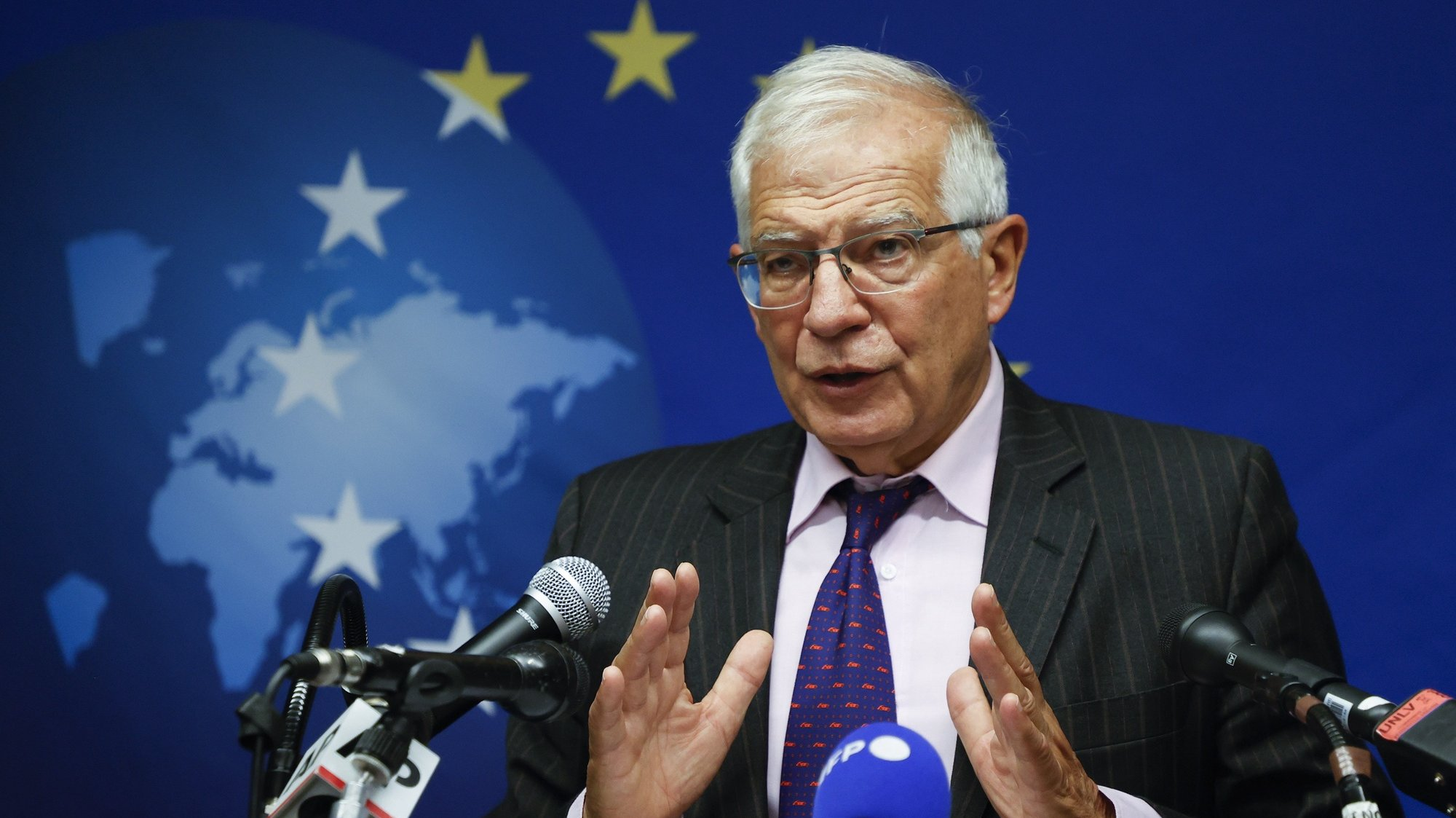 epa09478588 The High Representative of the European Union for Foreign Affairs and Security Policy, and Vice President of the European Union Josep Borrell speaks during a press conference, following the EU Foreign Ministers meeting on Afghanistan, in New York, New York, USA, 20 September 2021.  EPA/JASON SZENES