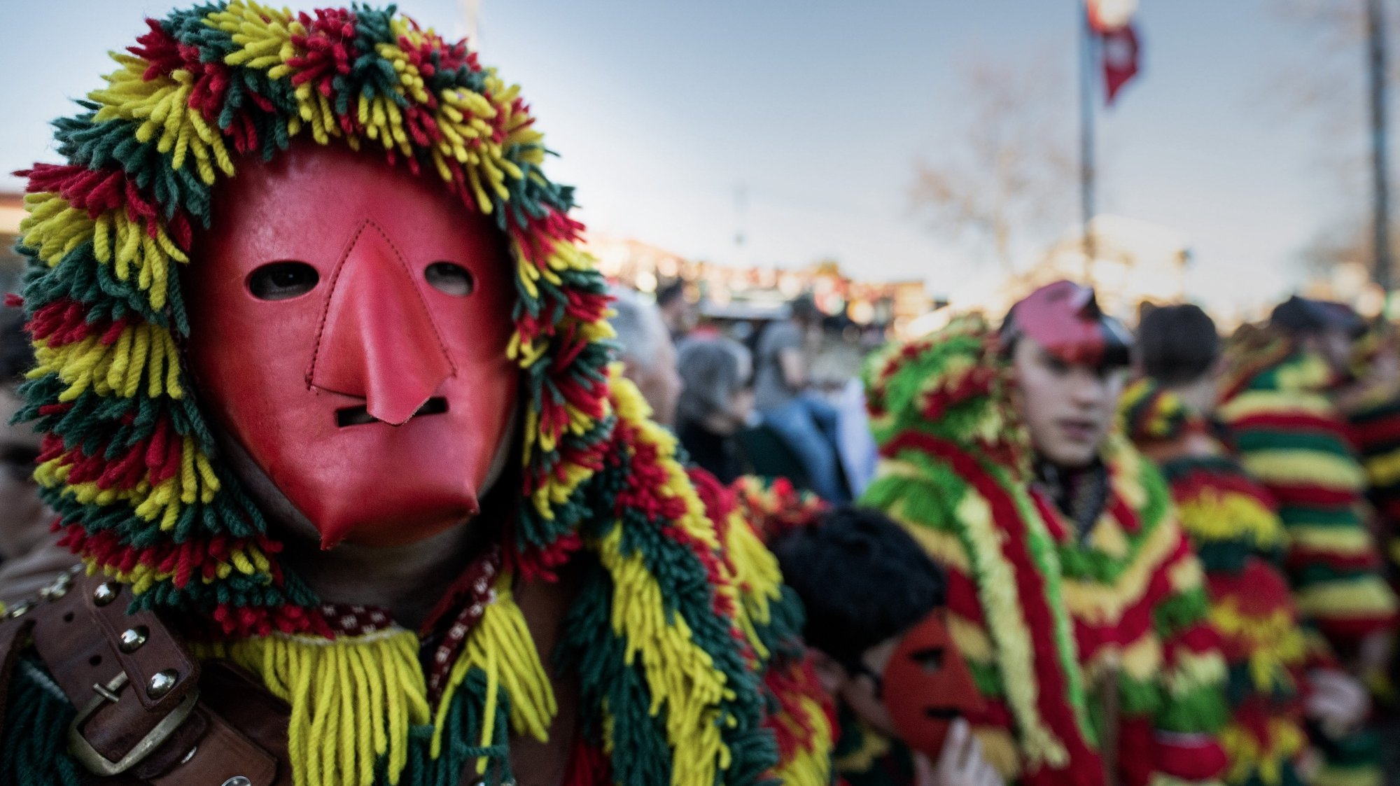 """Desfile de """"Entrudo Chocalheiro"""" com os Caretos de Podence, Macedo de Cavaleiros, 23 de fevereiro de 2020. PEDRO SARMENTO COSTA/LUSA"""