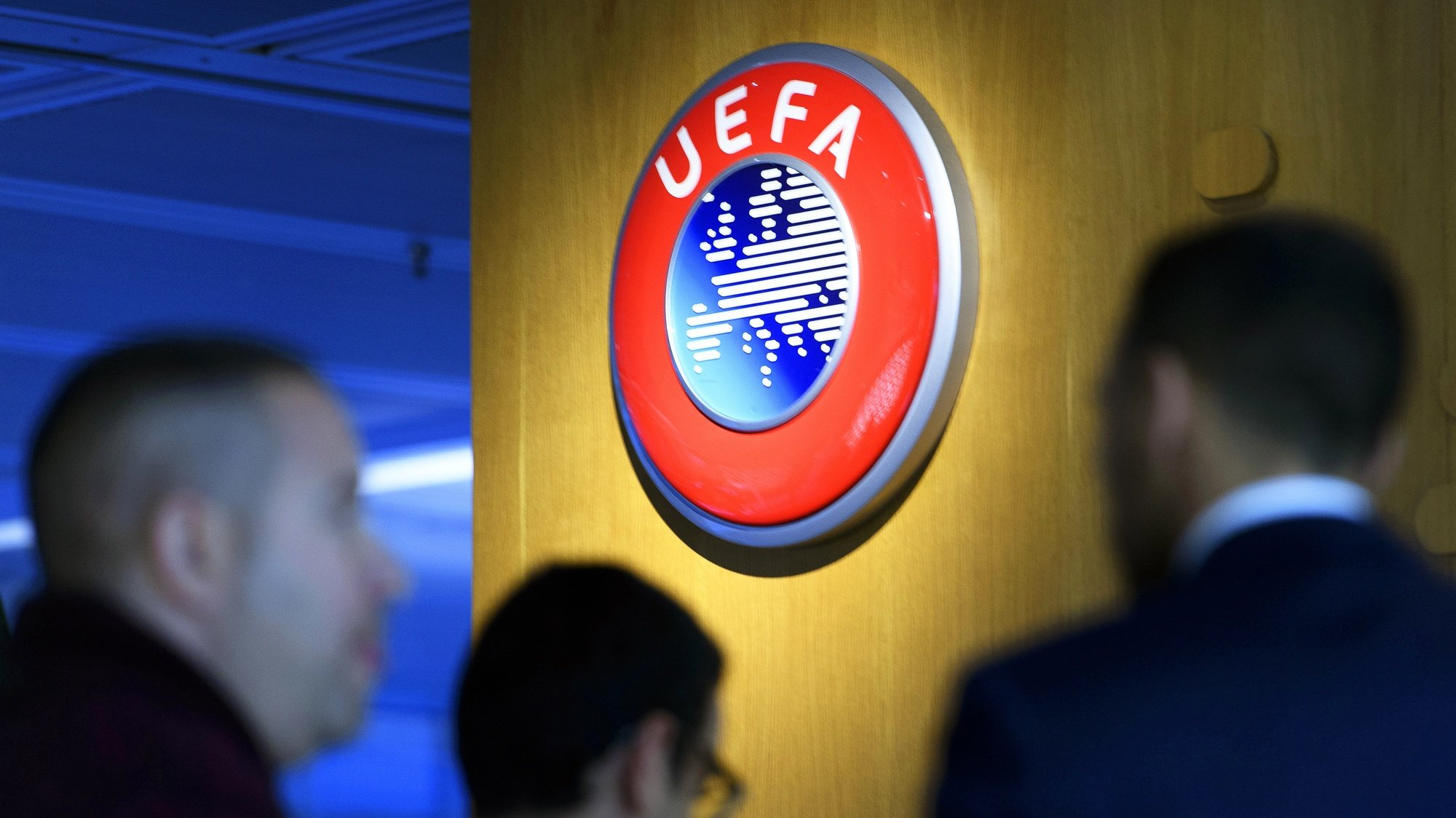 epa08487680 (FILE) - The UEFA logo on display after the meeting of the UEFA Executive Committee at the UEFA headquarters in Nyon, Switzerland, 07 December 2017 (re-issued on 16 June 2020). Lisbon's Estadio da Luz is expected to host the 2020 UEFA Champions League final in a decision by the UEFA executive committee set to be announced on 17 June 2020.  EPA/LAURENT GILLIERON *** Local Caption *** 55993944