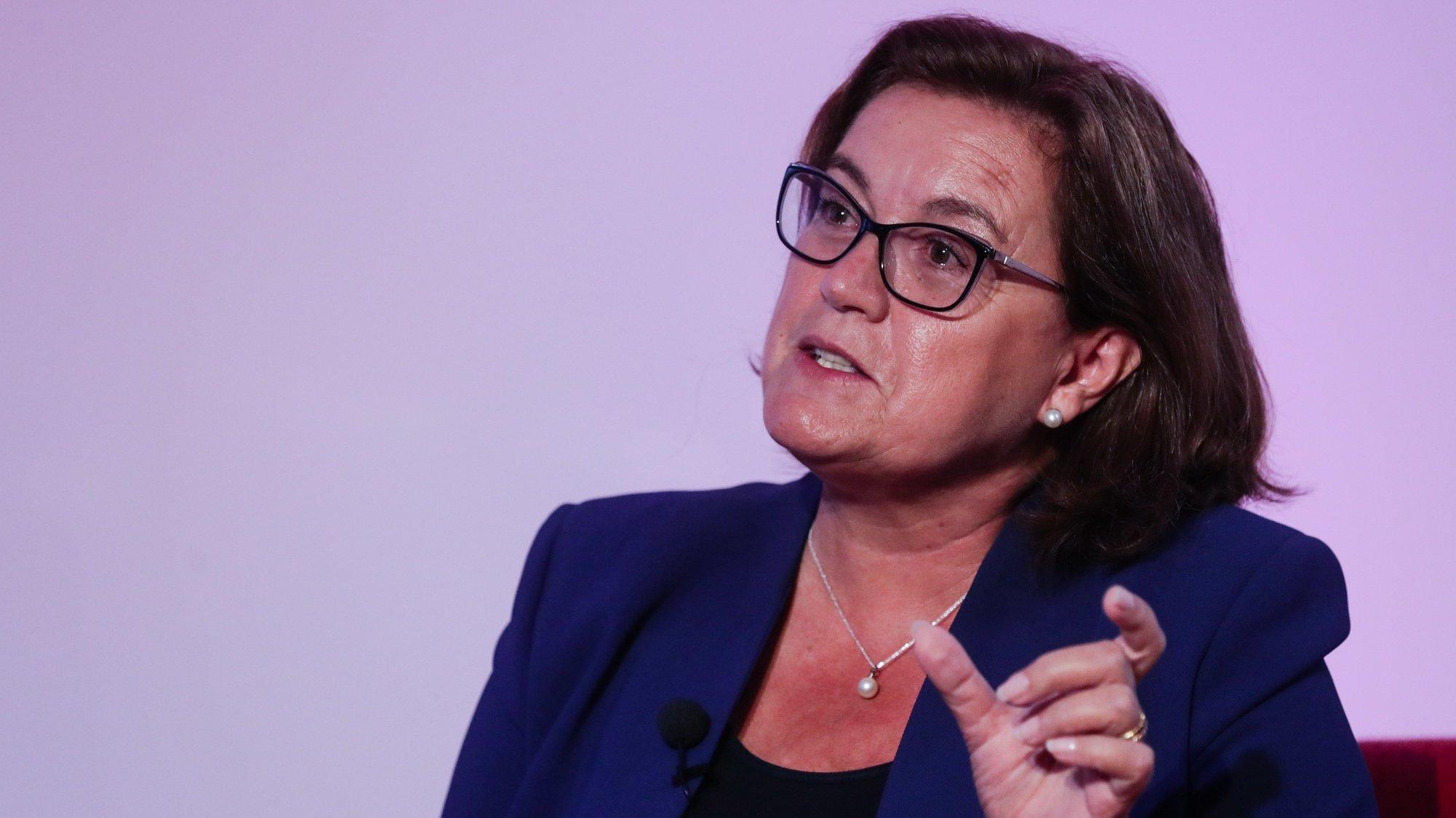 No dia em que a presidente da Comissão Europeia, Ursula Von Der Leyen, proferiu o seu primeiro discurso sobre o estado da União, a Agência Lusa e o Parlamento Europeu em Portugal organizaram um debate sobre o estado da UE com a participação da secretária de Estado dos Assuntos Europeus, Ana Paula Zacarias, na sede da Agência Lusa em Lisboa, 16 de setembro de 2020. TIAGO PETINGA/LUSA