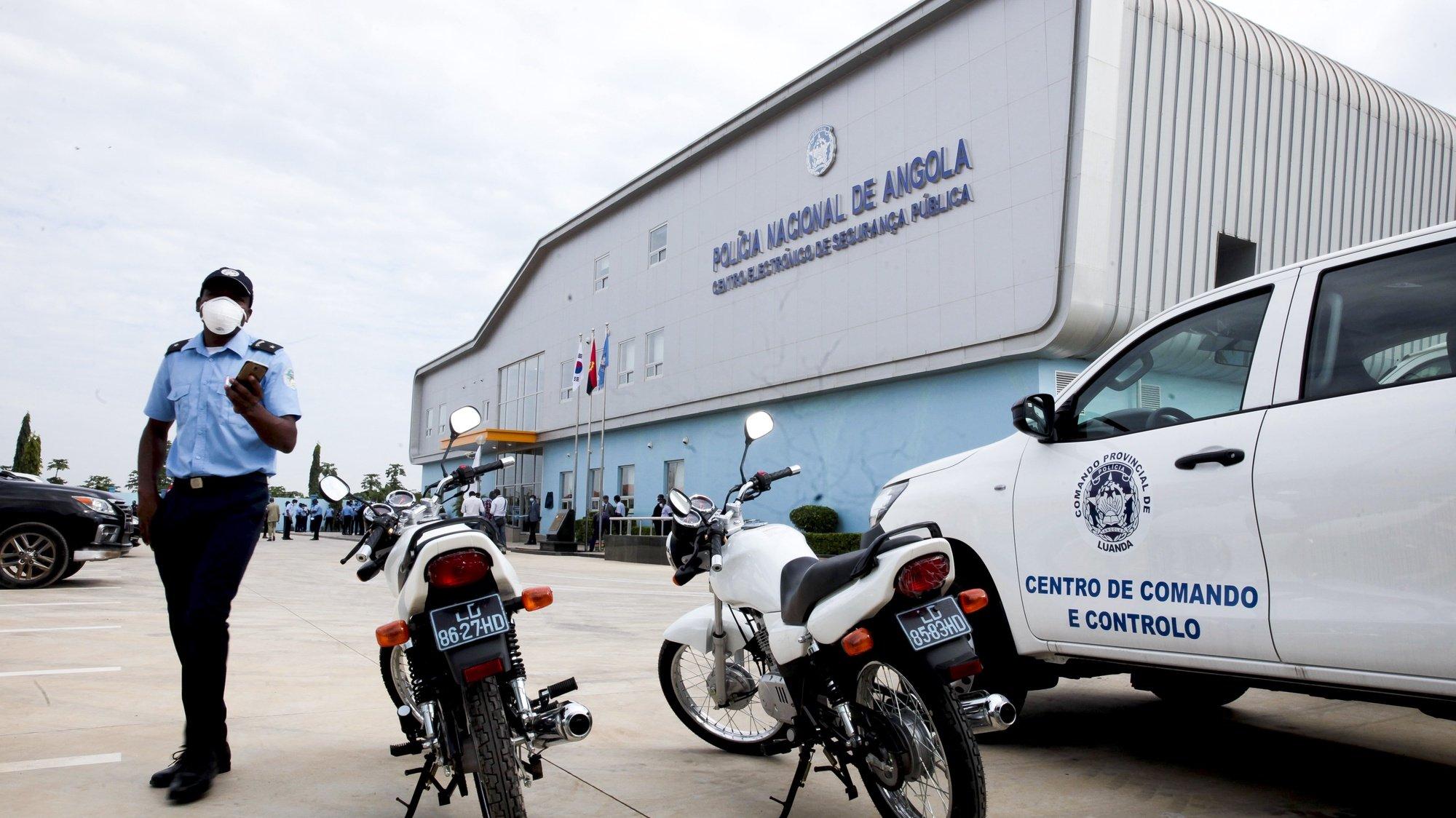 Centro Eletrónico de Seguraça Pública (CESP) da Polícia  Nacional de Angola, hoje inaugurado em Luanda, 6 de maio de 2020. A capital angolana tem a partir de hoje um Centro de Segurança Pública (CESP), com um sistema de videovigilância de mais de 200 câmaras, para reforçar a segurança pública. AMPE ROGÉRIO/LUSA