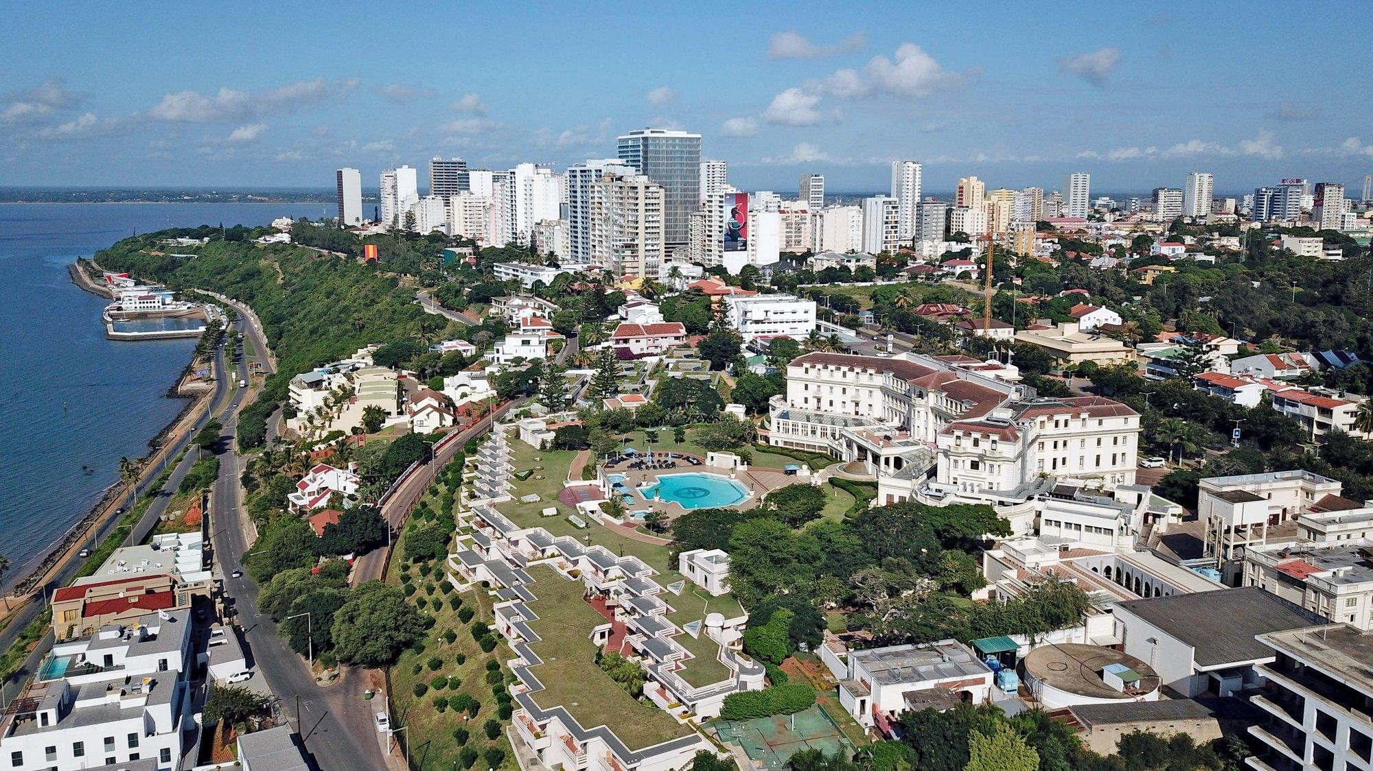 Fotografia aérea sobre o hotel Polana, em Maputo, Moçambique, 23 de abril de 2020. ANTÓNIO SILVA/LUSA