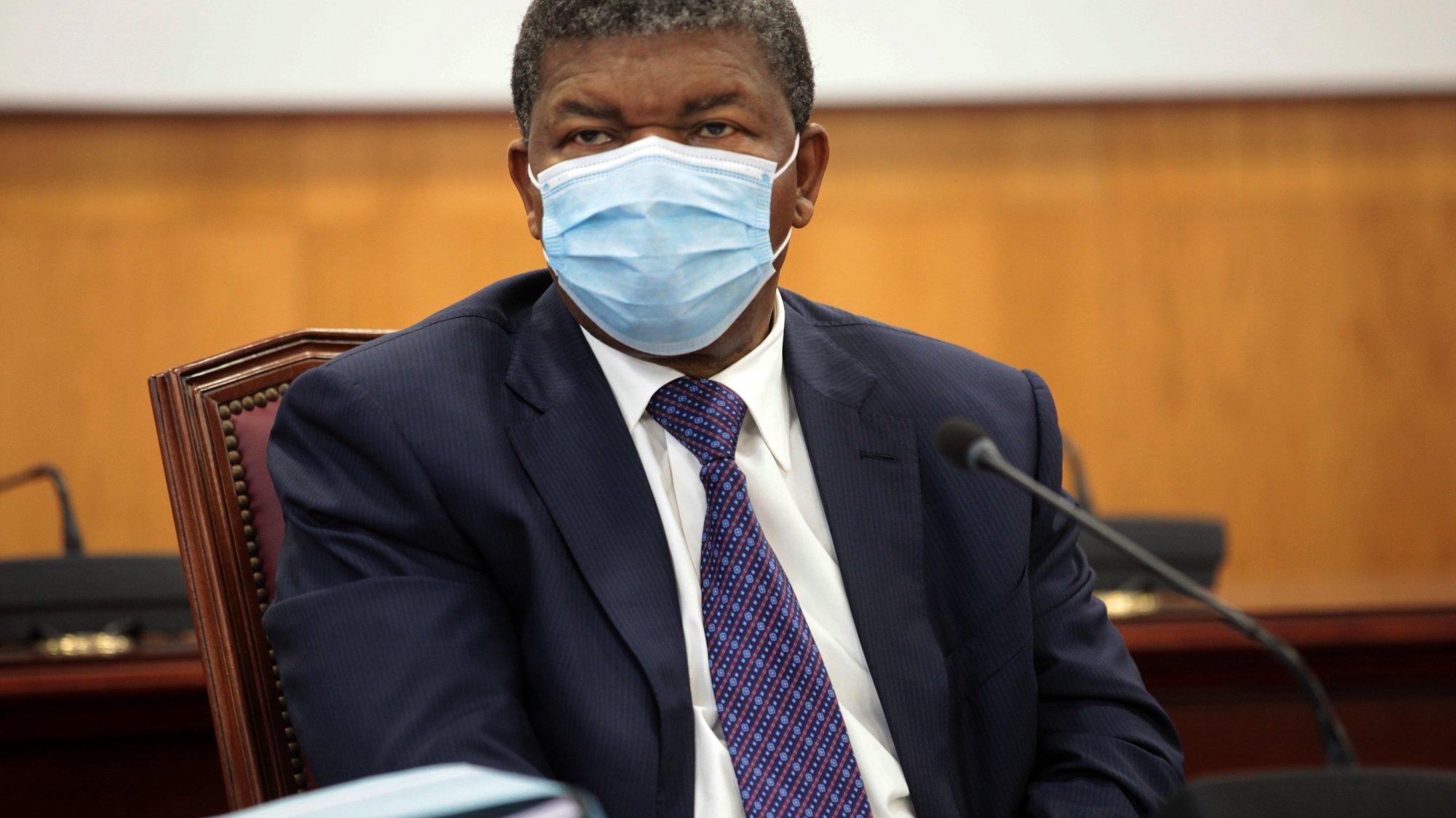 O presidente do Movimento Popular de Libertação de Angola (MPLA), João Lourenço, preside à 9.ª reunião do Secretariado do Bureau Político do partido, em Luanda, Angola, 12 de setembro de 2020. AMPE ROGÉRIO/LUSA