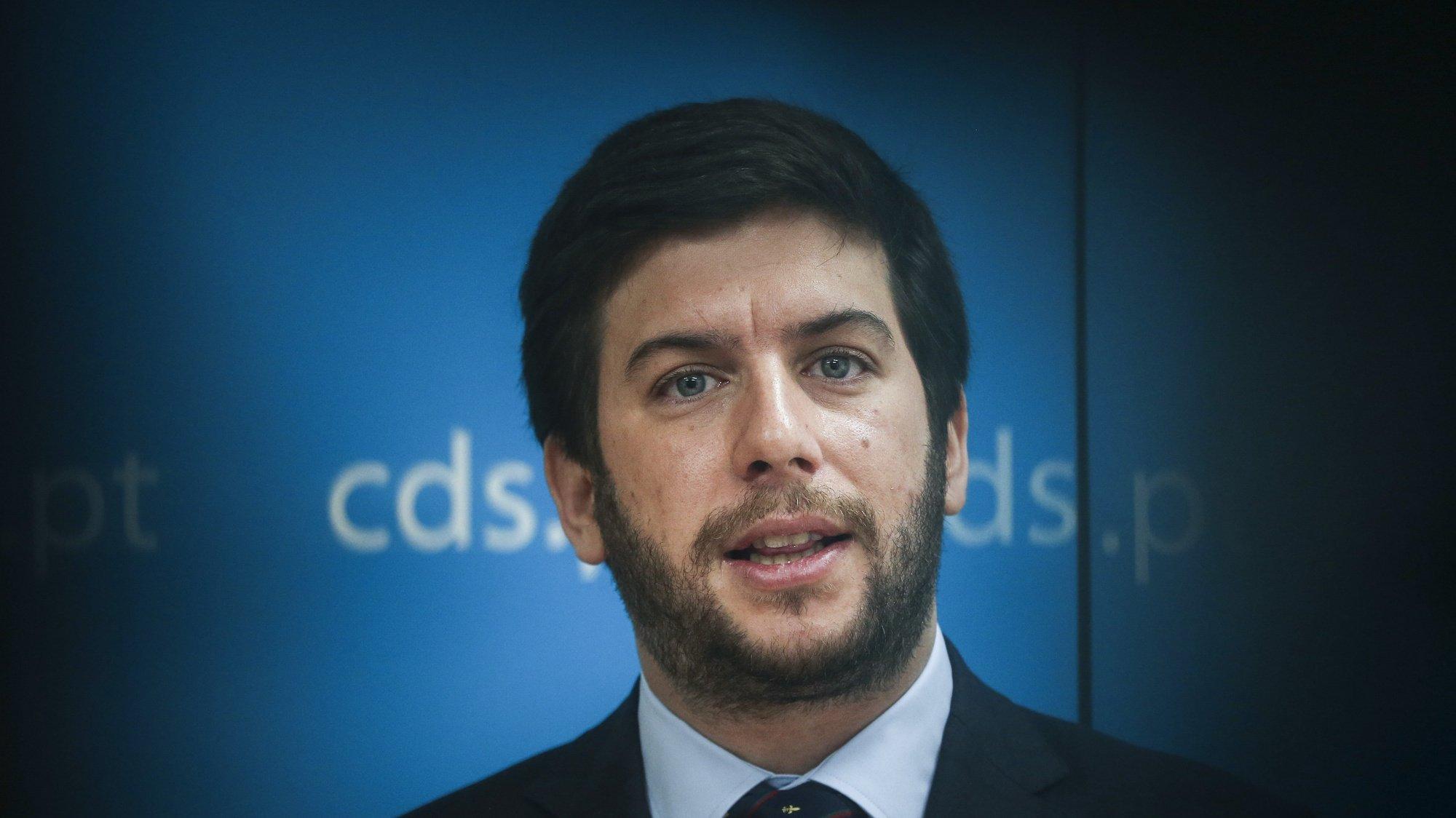 O Presidente do CDS-PP, Francisco Rodrigues dos Santos, intervém durante a reunião do  Conselho Nacional, na sede do partido, em Lisboa, 20 de março de 2021.  RODRIGO ANTUNES/LUSA