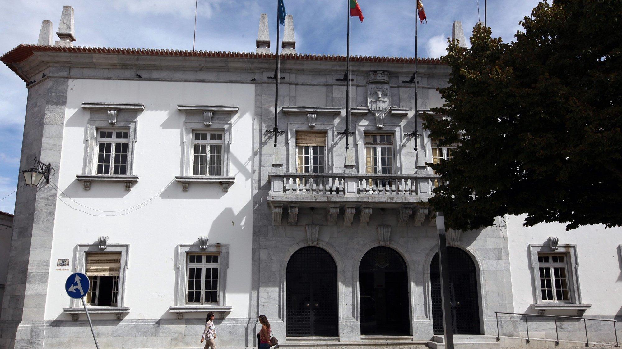 Edifício da Câmara Municipal de Beja, 3 de outubro de 2013. NUNO VEIGA/LUSA