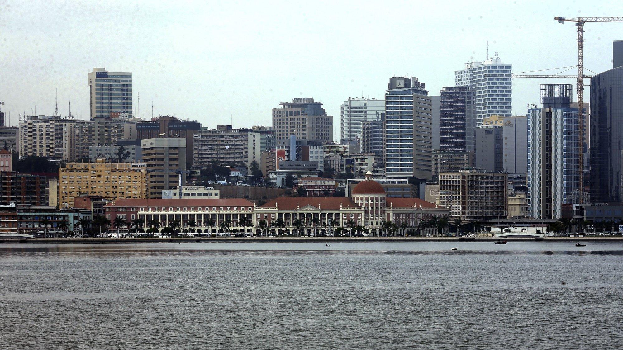 Marginal na baixa da cidade em Luanda, Angola, 23 de agosto de 2021.  AMPE ROGÉRIO/LUSA