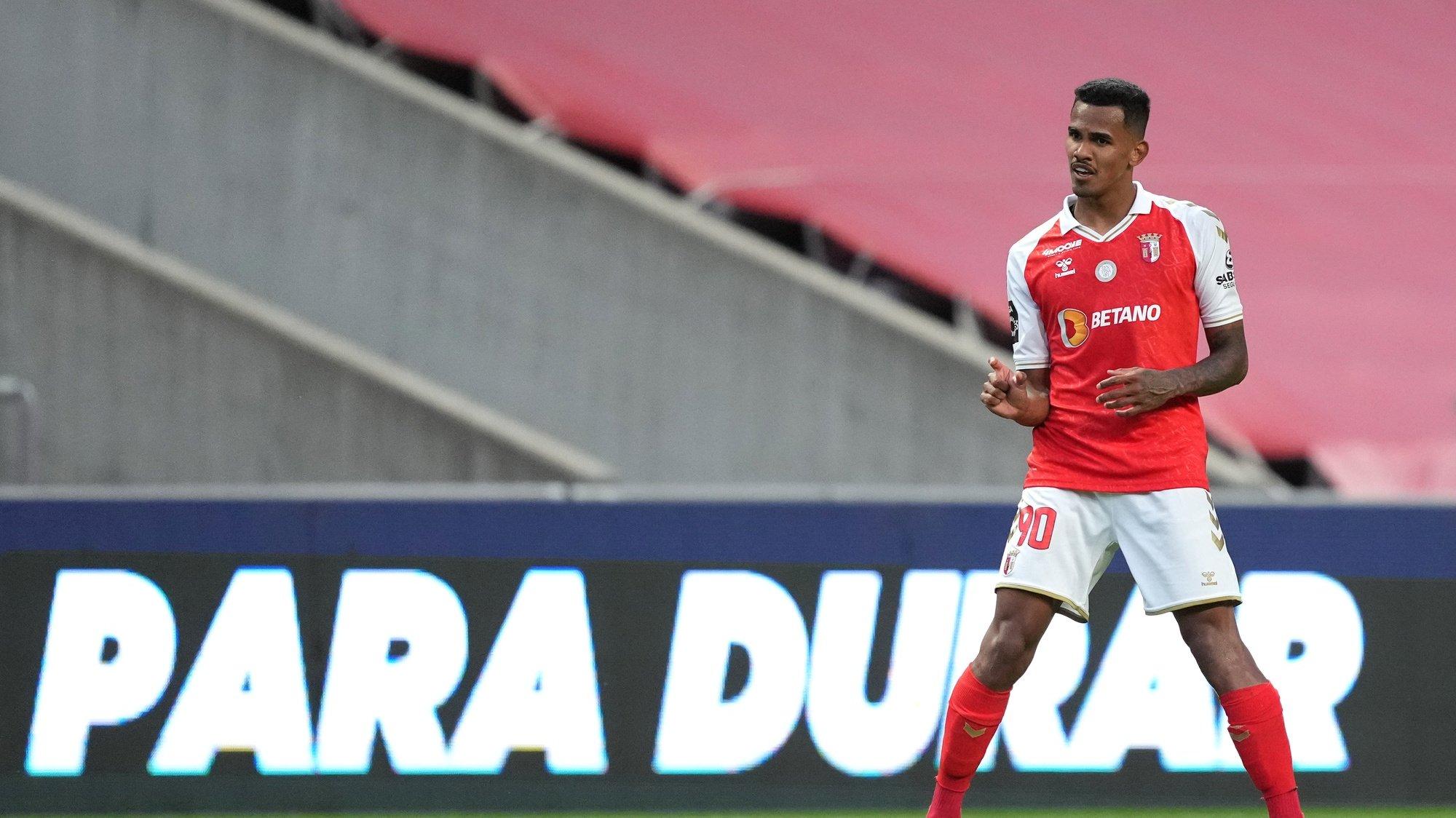 Galeno do Sporting de Braga festeja um golo contra o Paços de Ferreira durante o jogo a contar para a Primeira Liga de Futebol realizado no Estádio Municipal de Braga, 5 de maio de 2021. HUGO DELGADO/LUSA