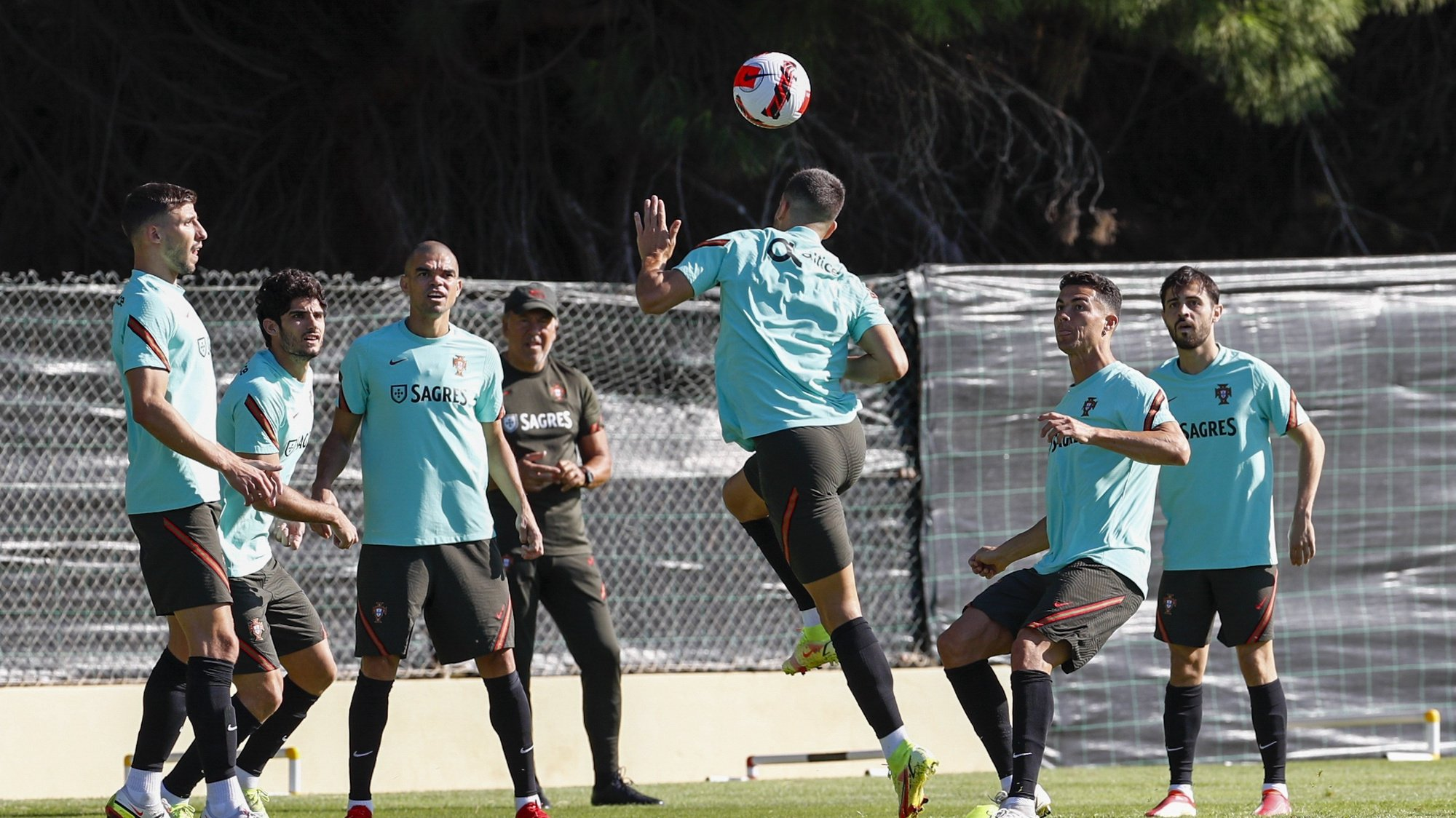 Portuguese national soccer players (L - R) Ruben Dias, Pepe, Cristiano Ronaldo and Bernardo Silva during the training session in Almancil, Faro, South of Portugal, 10 October 2021. Portugal will face Luxembourg in the FIFA World Cup Qatar 2022 qualifying group A soccer match next 12 October in Faro. ANTONIO COTRIM/LUSA