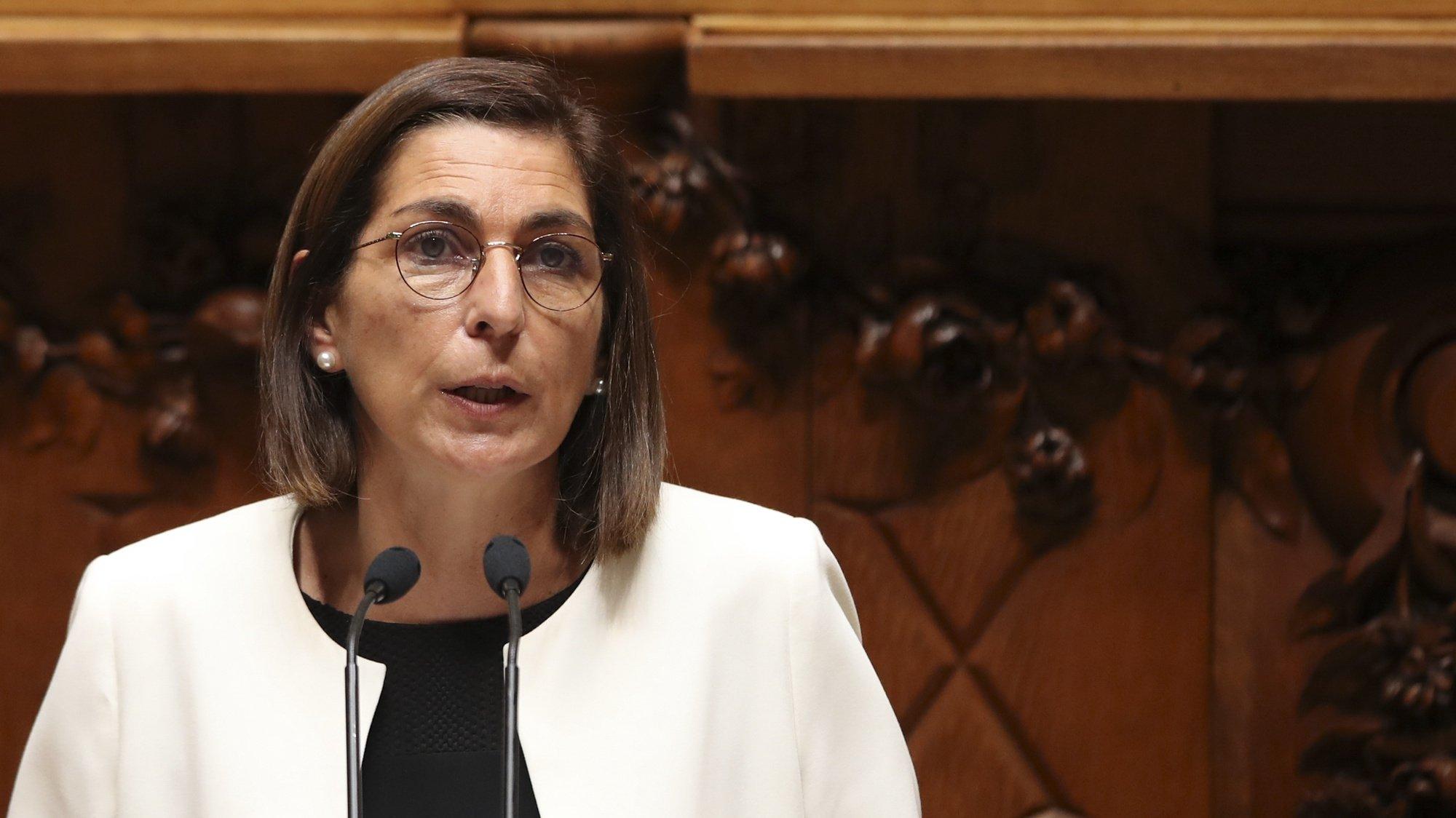 A líder parlamentar do Partido Socialista (PS), Ana Catarina Mendes, intervém durante a sessão evocativa do antigo Presidente da República Jorge Sampaio, realizada no parlamento, em Lisboa, 15 de setembro de 2021. MANUEL DE ALMEIDA/LUSA