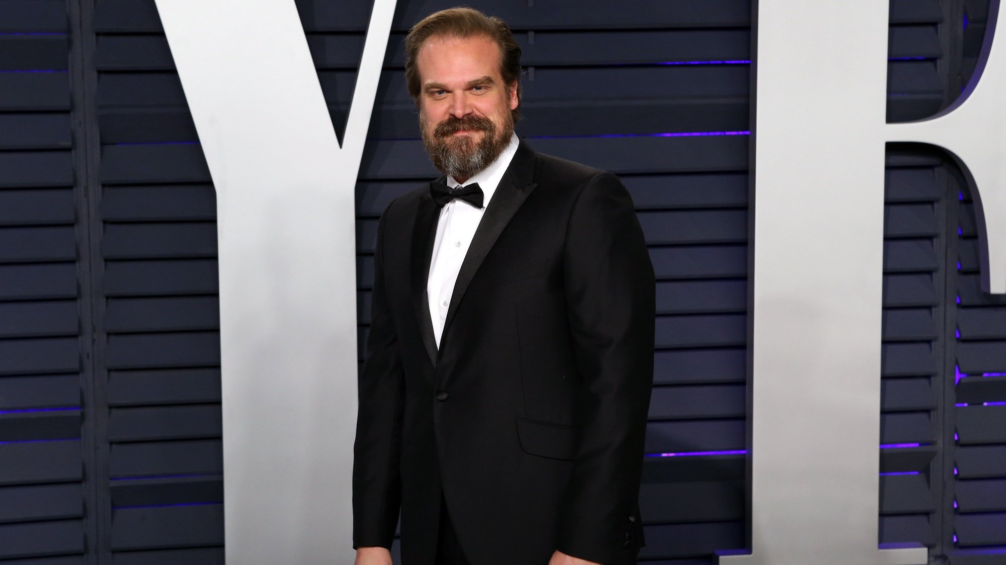 epa07396849 David Harbour poses at the 2019 Vanity Fair Oscar Party following the 91st annual Academy Awards ceremony, in Beverly Hills, California, USA, 24 February 2019. The Oscars are presented for outstanding individual or collective efforts in 24 categories in filmmaking. The Oscars are presented for outstanding individual or collective efforts in 24 categories in filmmaking.  EPA/NINA PROMMER