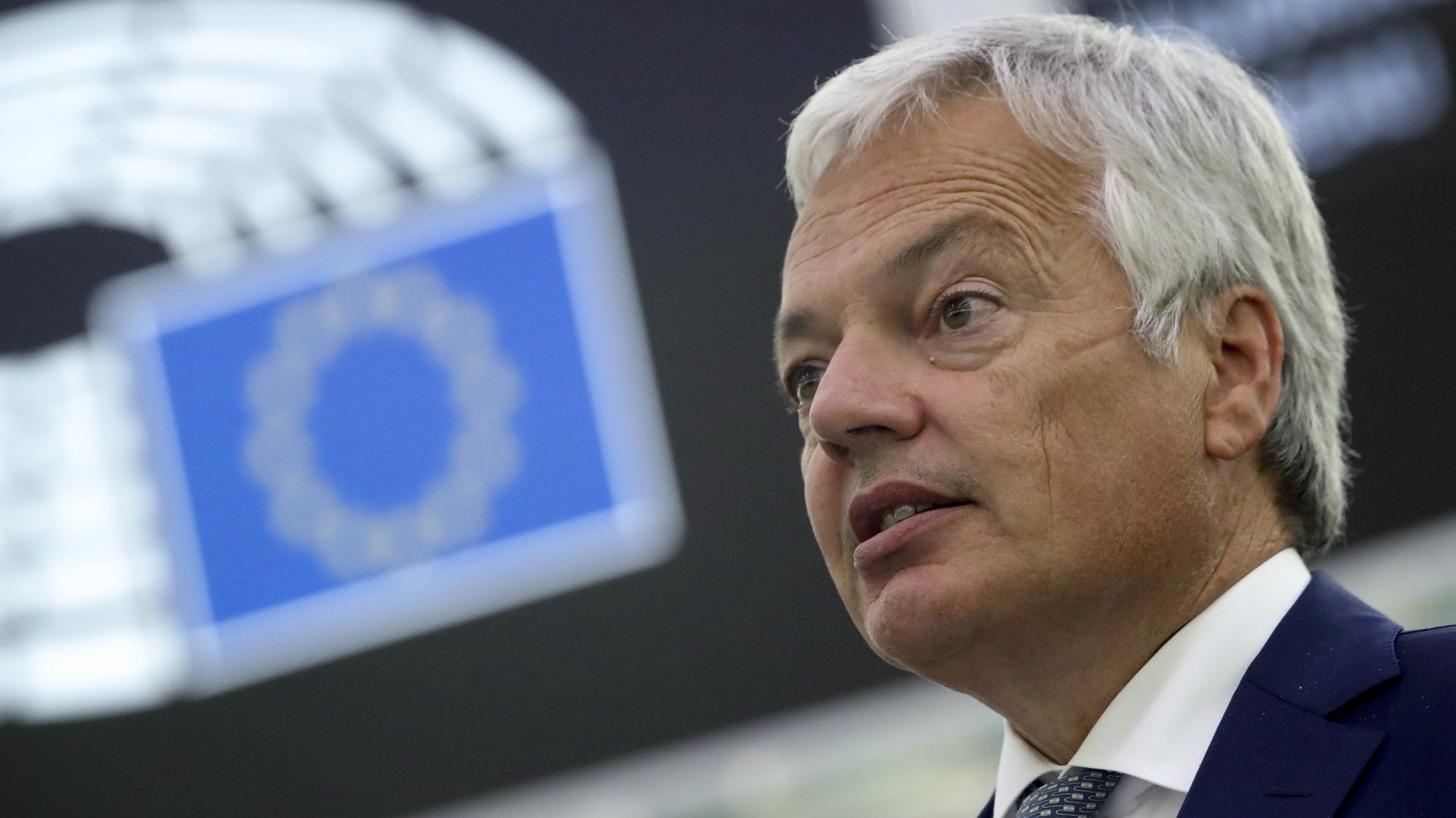 epa09469647 European Justice Commissioner, Didier Reynders, addresses the European Parliament plenary session in Strasbourg, France, 15 September 2021.  EPA/YVES HERMAN / POOL  MAXPPP OUT