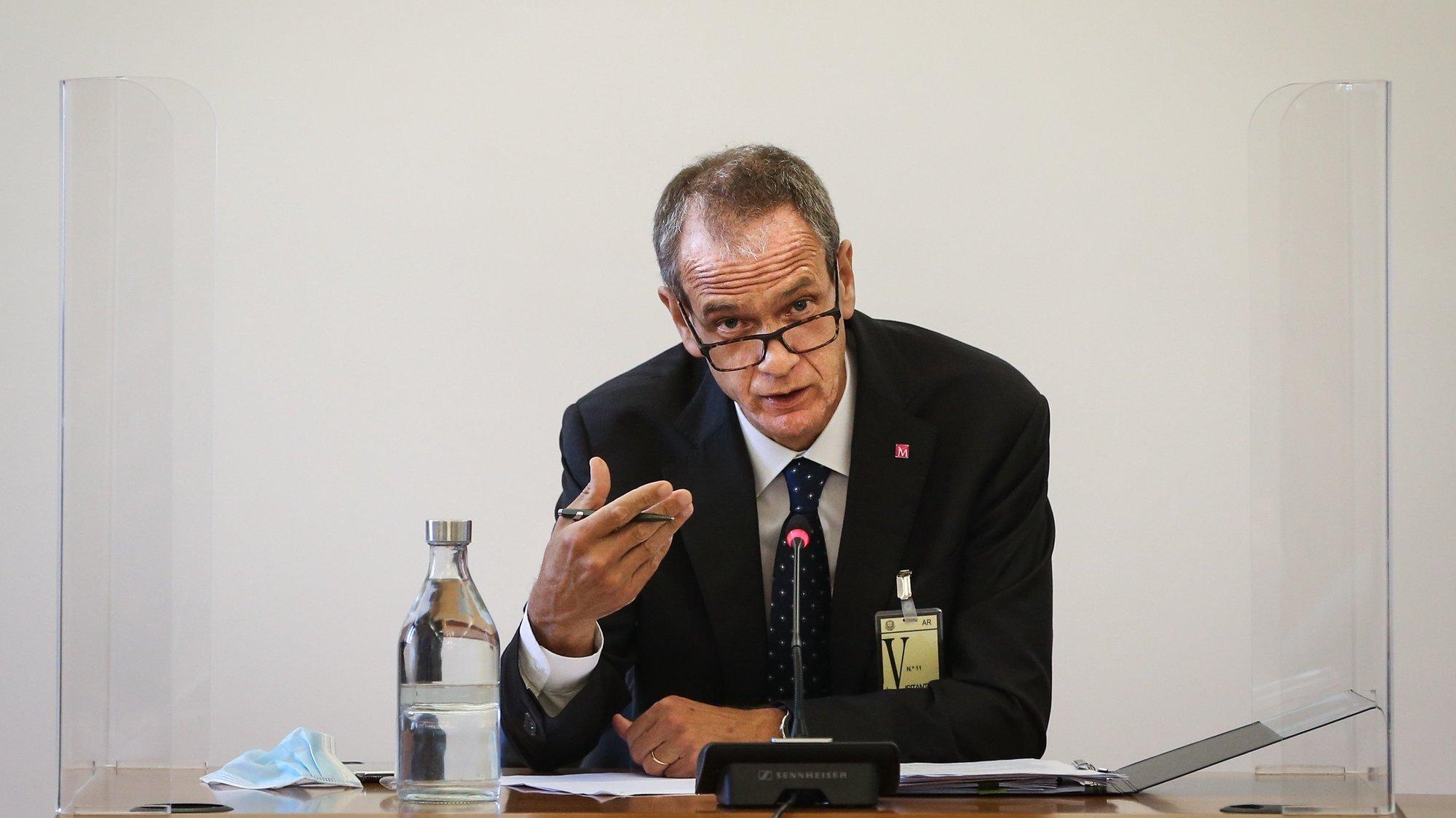 O presidente da Comissão Executiva do Millennium BCP, Miguel Maya, durante a sua audição na Comissão Eventual de Inquérito Parlamentar às perdas registadas pelo Novo Banco e imputadas ao Fundo de Resolução, na Assembleia da República, em Lisboa, 09 de junho de 2021.  RODRIGO ANTUNES/LUSA