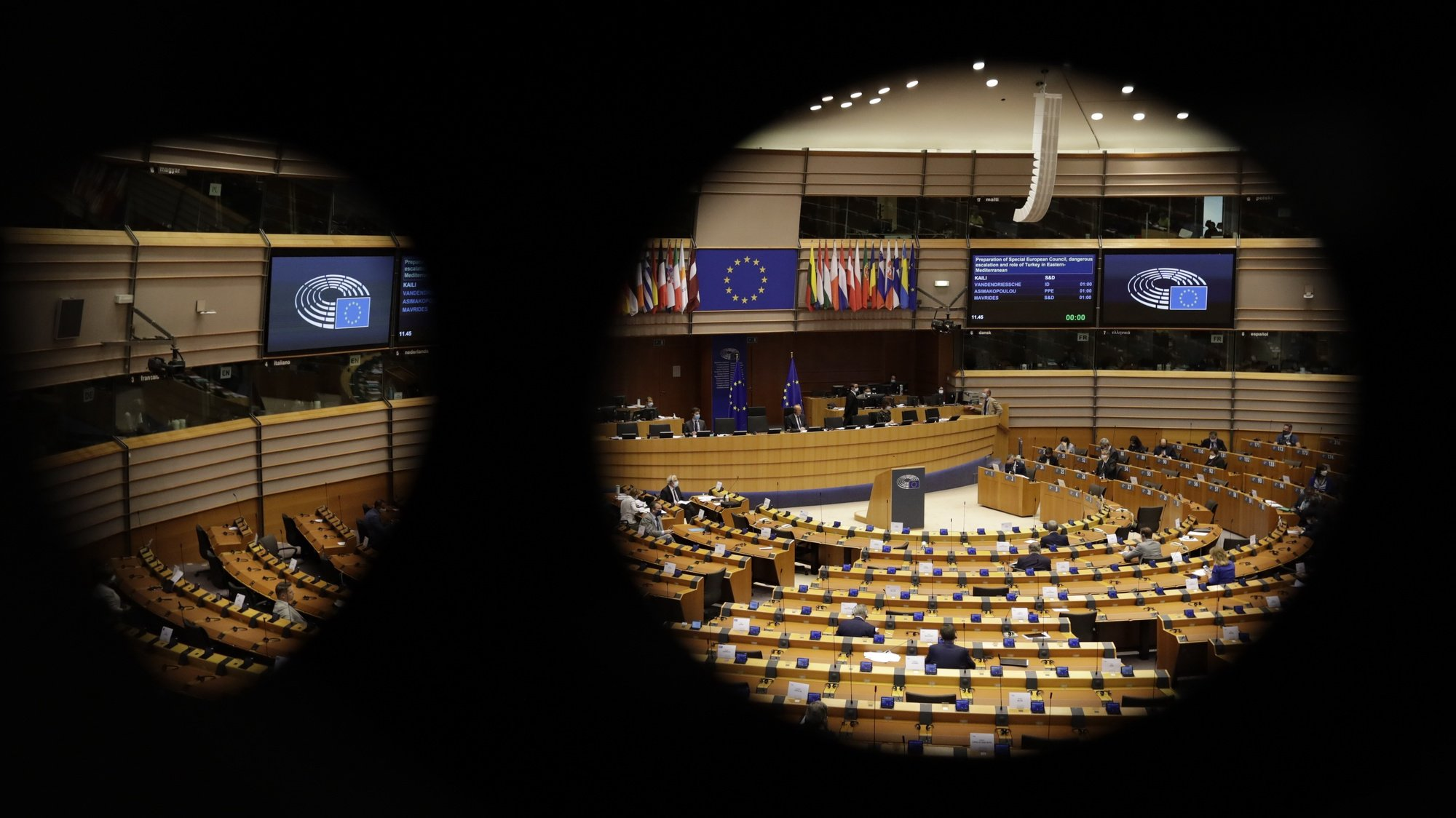 epa08669666 General view during a plenary session of European Parliament in Brussels, Belgium, 15 September 2020. The plenary session is taking place from 14 to 17 September. 15 September's main debate will hear statements on the preparation of the Special European Council which focuses on the escalation and the role of Turkey in the Eastern-Mediterranean.  EPA/OLIVIER HOSLET