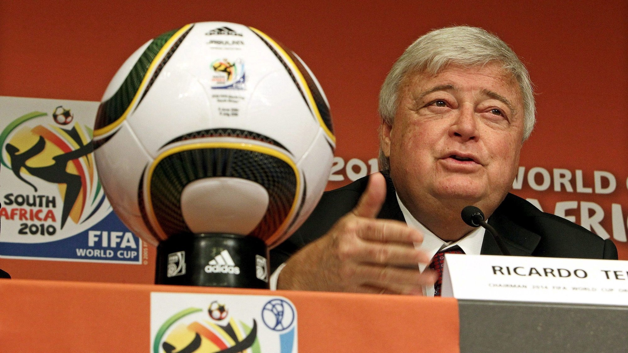 epa03142462 (FILE) A file picture dated 08July 2010 shows the President of the Brazilian Football Confederation CBF and President of the National2014 World Cup organizing committee Ricardo Teixeira attending a press conference in Johannesburg, South Africa. According to the CBF's vice president, Jose Maria Marin, in Rio de Janeiro on 12 March 2012, Ricardo Teixeiraresigned from office after years of allegations of corruption.  EPA/SRDJAN SUKI