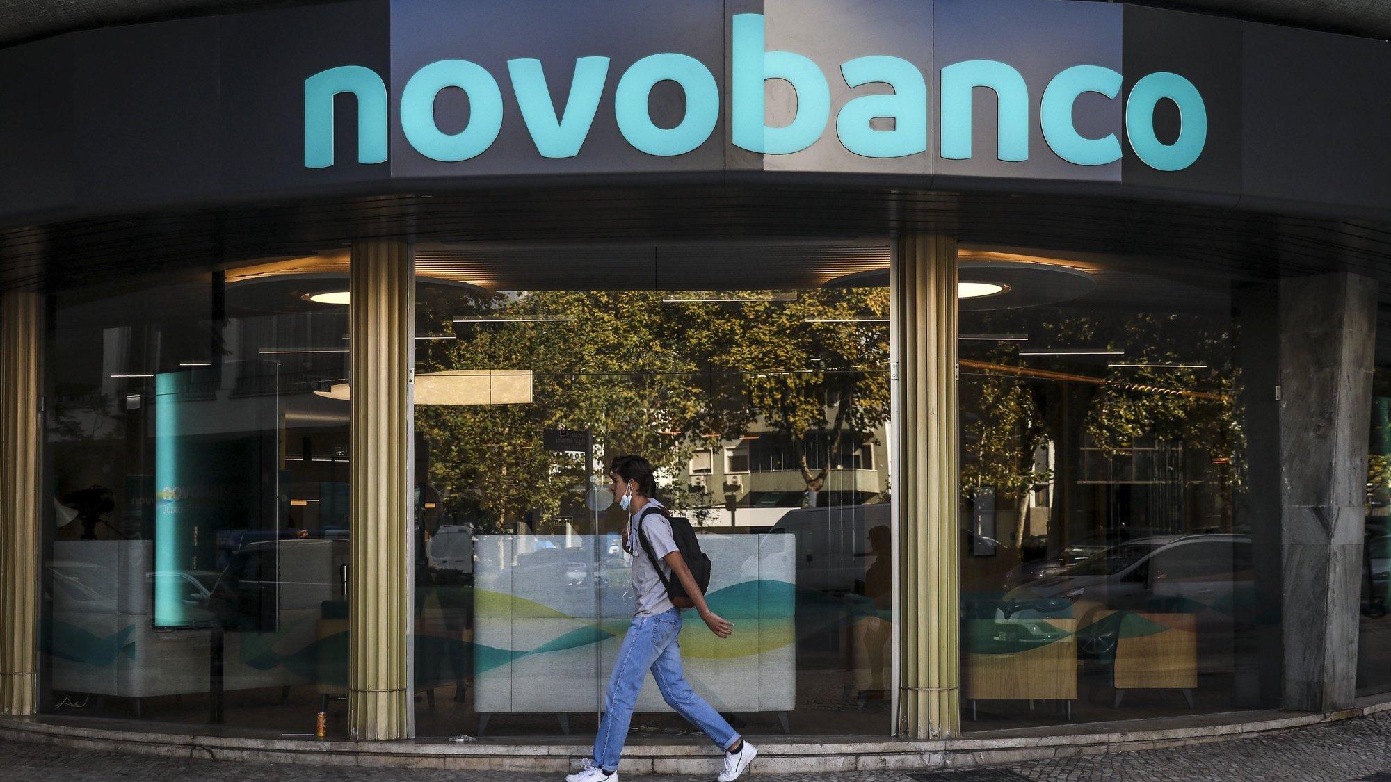 Nova imagem de marca do Novo Banco, em Lisboa, 25 de outubro de 2021. RODRIGO ANTUNES/LUSA