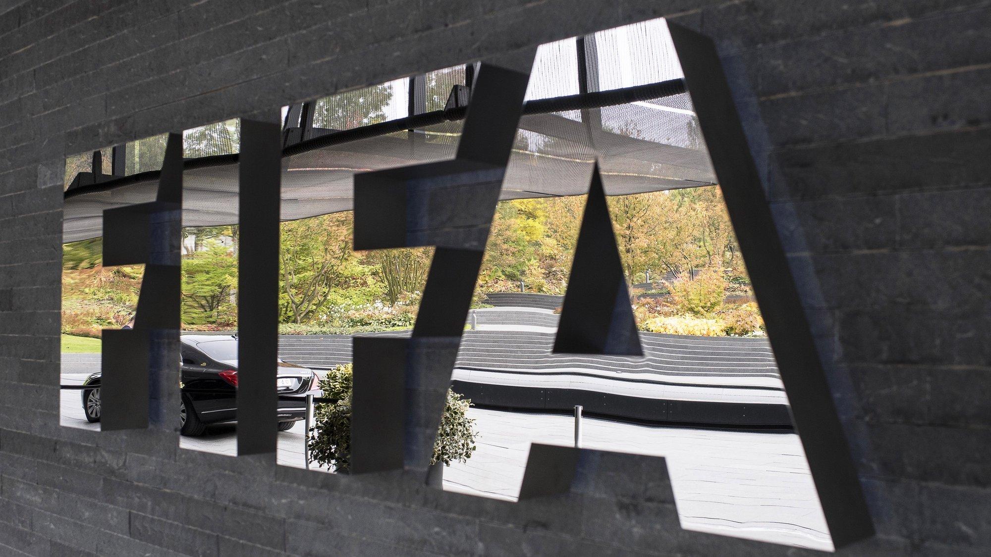 Logotipo da FIFA na sede da mesma, em Zurique, Suíça ,14 de outubro de 2016. EPA/ENNIO LEANZA