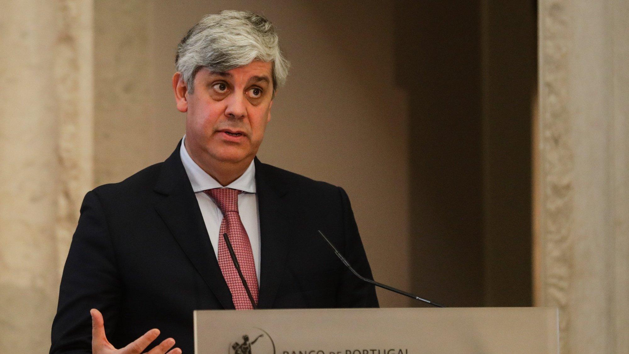 O governador do Banco de Portugal, Mário Centeno, intervém durante a apresentação do Boletim Económico de dezembro, que inclui projeções para a evolução da economia portuguesa no período 2020 a 2023, na sede em Lisboa, 14 de dezembro de 2020. TIAGO PETINGA/POOL/LUSA