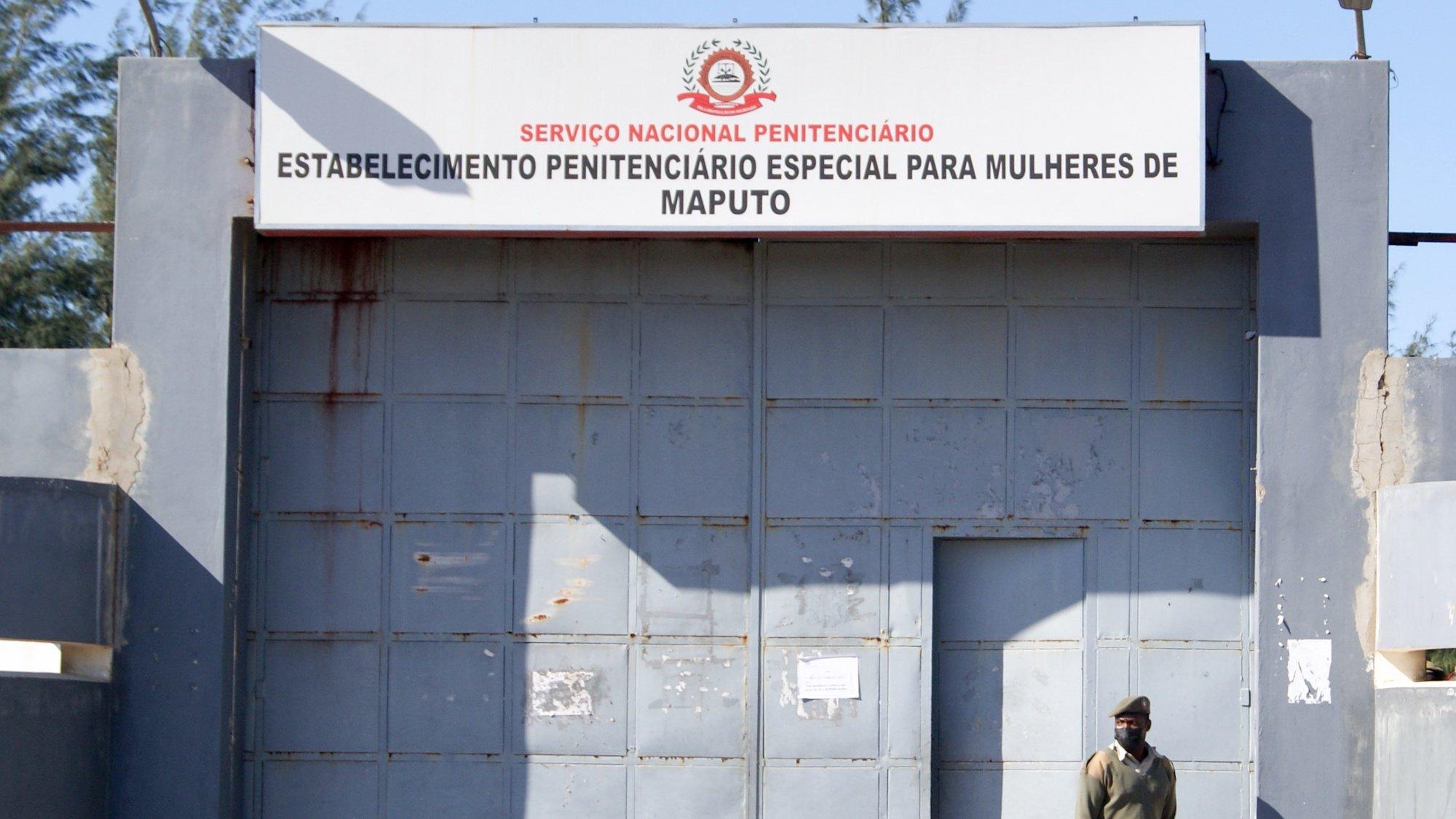 Entrada do Estabelecimento Penitenciário Especial para Mulheres de Maputo, Moçambique, 16 de junho de 2021. A ministra da Justiça anunciou hoje a criação de uma comissão de inquérito para investigar denúncias de uma alegada rede de exploração sexual em que guardas prisionais forçam mulheres reclusas a sair de uma cadeia de Maputo para se prostituírem, Maputo. (ACOMPANHA TEXTO) LUISA NHANTUMBO/LUSA