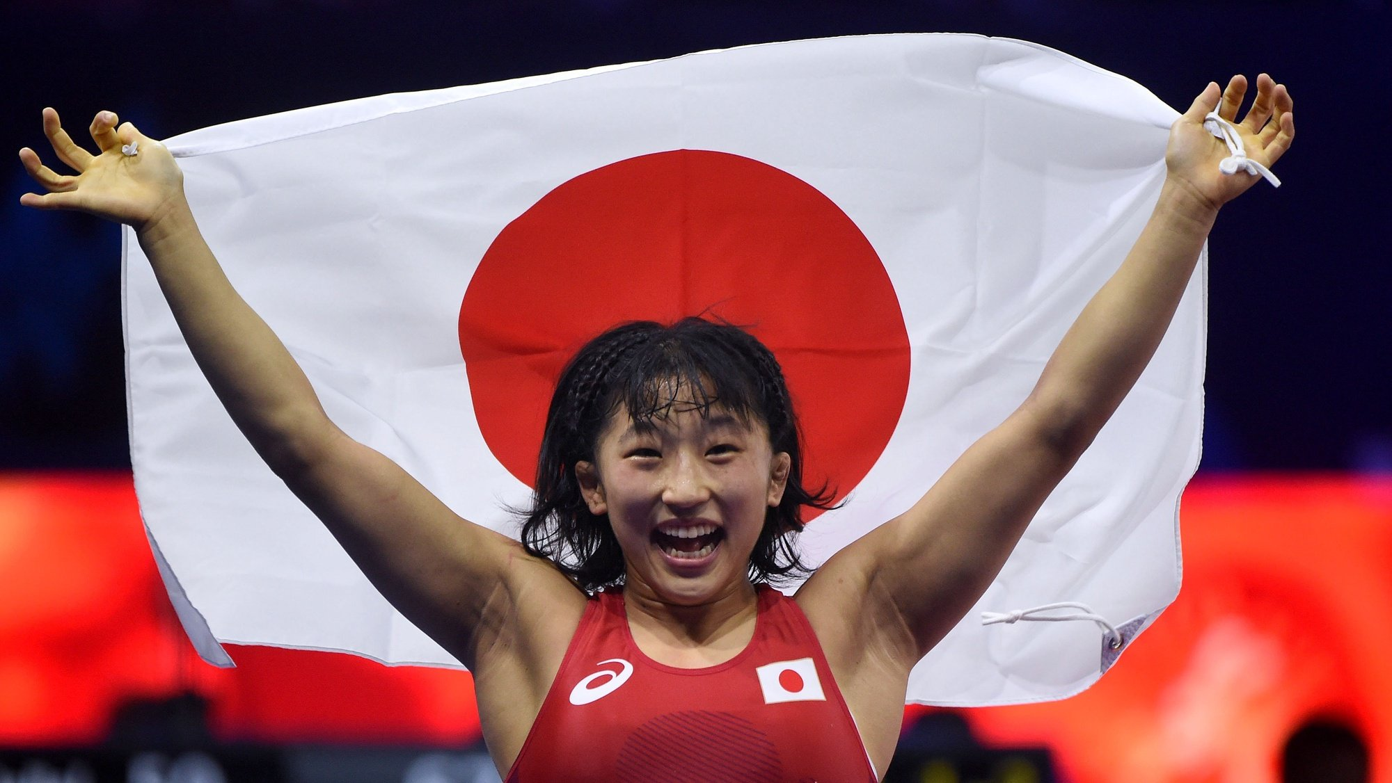 epa07119361 Yui Susaki of Japan reacts after she won against Mariya Stadnik of Azerbaijan in the final of the women's 50kg category of the Wrestling World Championships in Budapest, Hungary, 25 October 2018.  EPA/BALAZS CZAGANY HUNGARY OUT