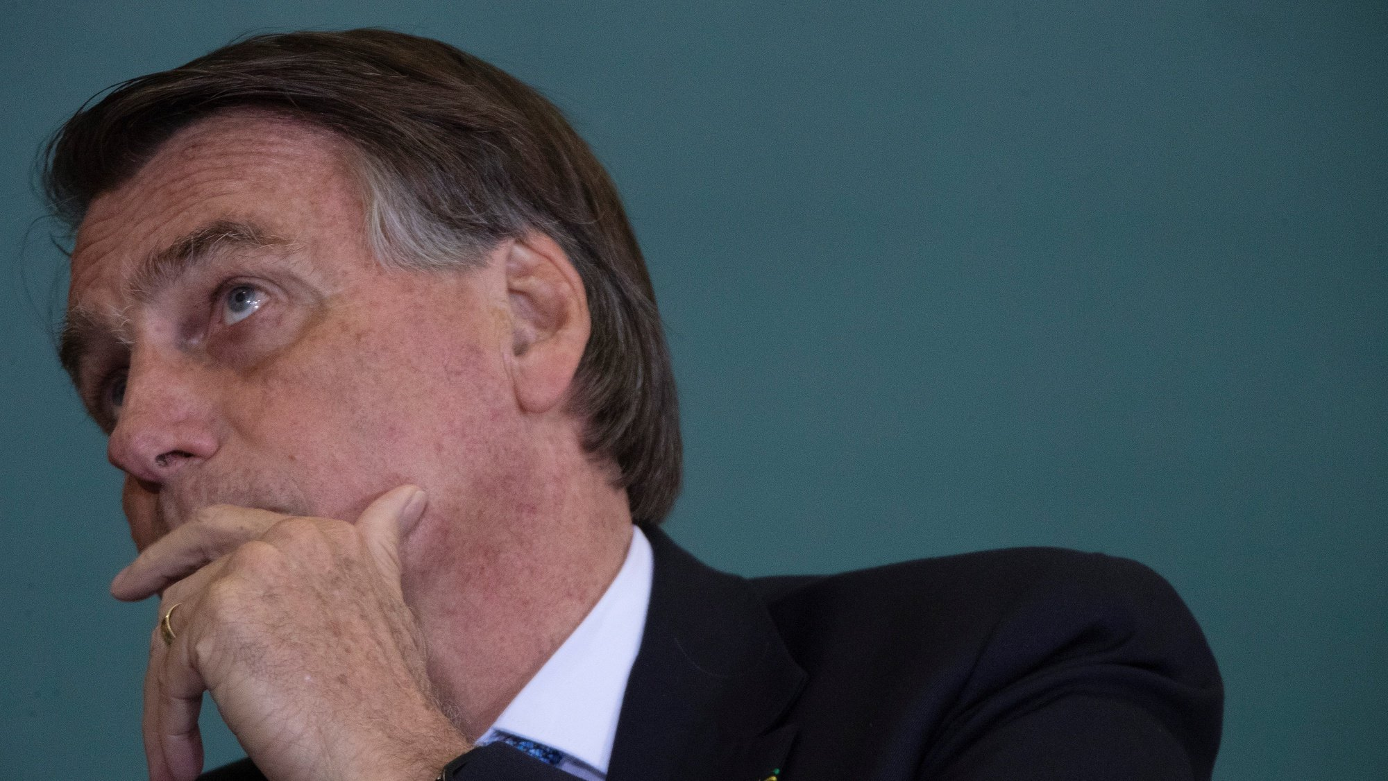 epa09512184 Brazilian President Jair Bolsonaro participates in a ceremony of Modernization of the Standards of Safety and Health at Work at the Palacio do Planalto in Brasilia, Brazil, 07 October 2021. The Senate commission investigating the Brazilian government's management of covid-19 extended its interrogations on 07 October due to new suspicions that President Jair Bolsonaro is still pressing for ineffective remedies.  EPA/JOEDSON ALVES