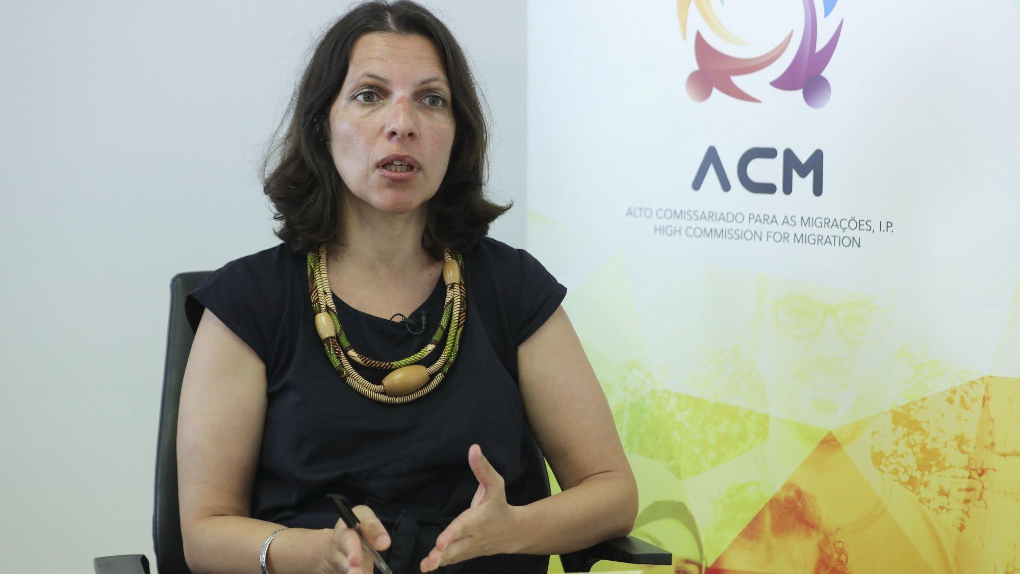 A recém eleita Alta Comissária para as Migrações, Sónia Pereira, fala durante uma entrevista à agência Lusa, em Lisboa, 29 de junho de 2020. (ACOMPANHA TEXTO DA LUSA DE 01 DE JULHO DE 2020). MIGUEL A. LOPES/LUSA