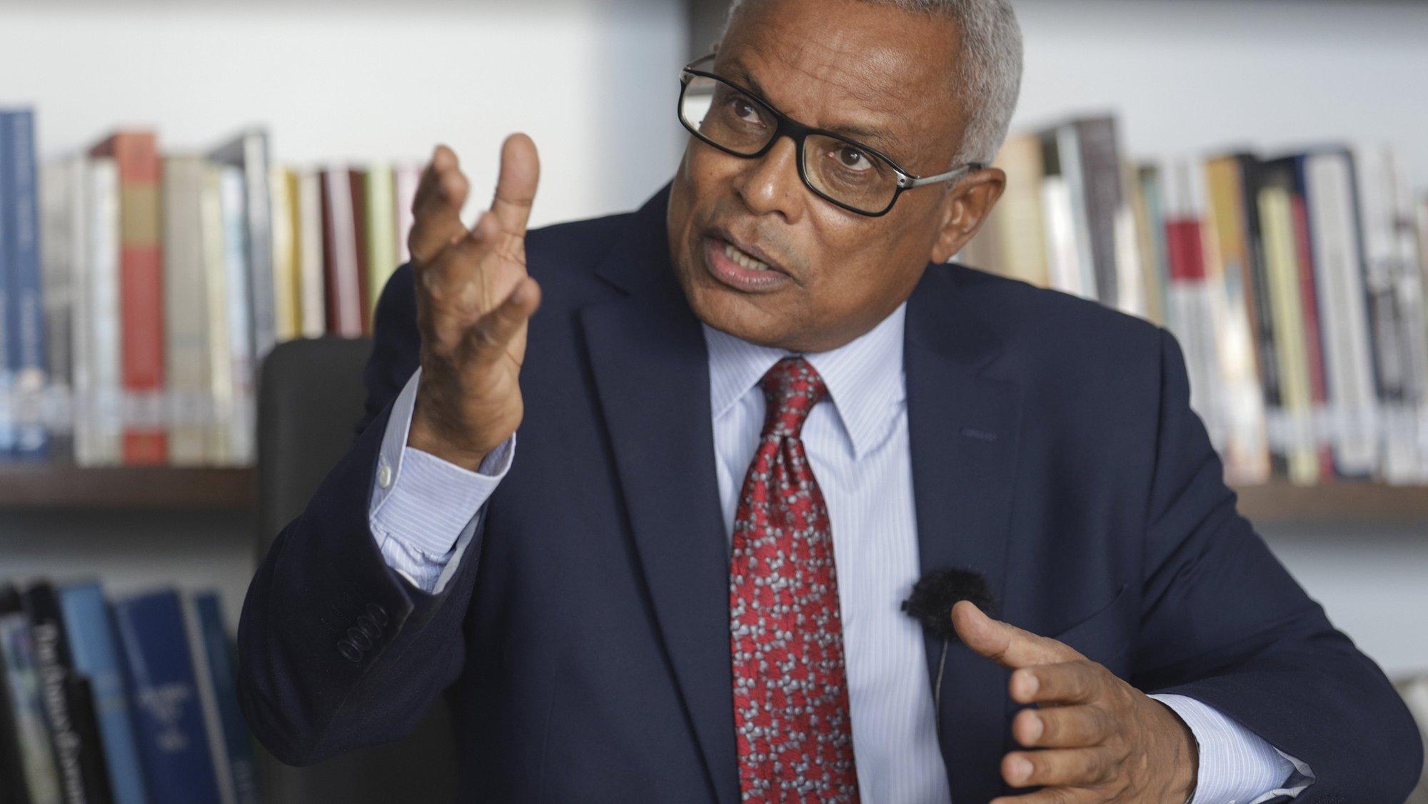 OPresidente da República de Cabo Verde José Maria Neves, durante entrevista à Agência Lusa, na sede da Fundação José Maria Neves, Cidade da Praia, Cabo Verde, 21 de outubro de 2021. ( ACOMPANHA TEXTO DO DIA 22 DE OUTUBRO DE 2021). ELTON MONTEIRO/LUSA