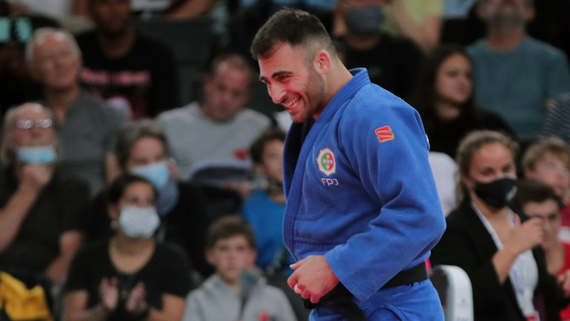 epa09528756 Anri Egutidze of Portugal reacts during the men's -90kg category Bronze match at the Paris Grand Slam judo tournament, in Paris, France, 17 October 2021.  EPA/CHRISTOPHE PETIT TESSON