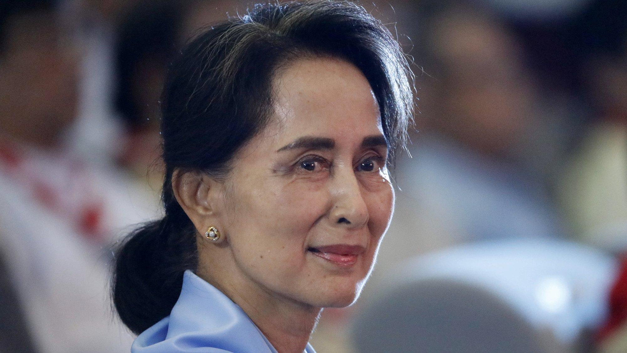 Aung San Suu Kyi, ex-dirigente civil do Myanmar