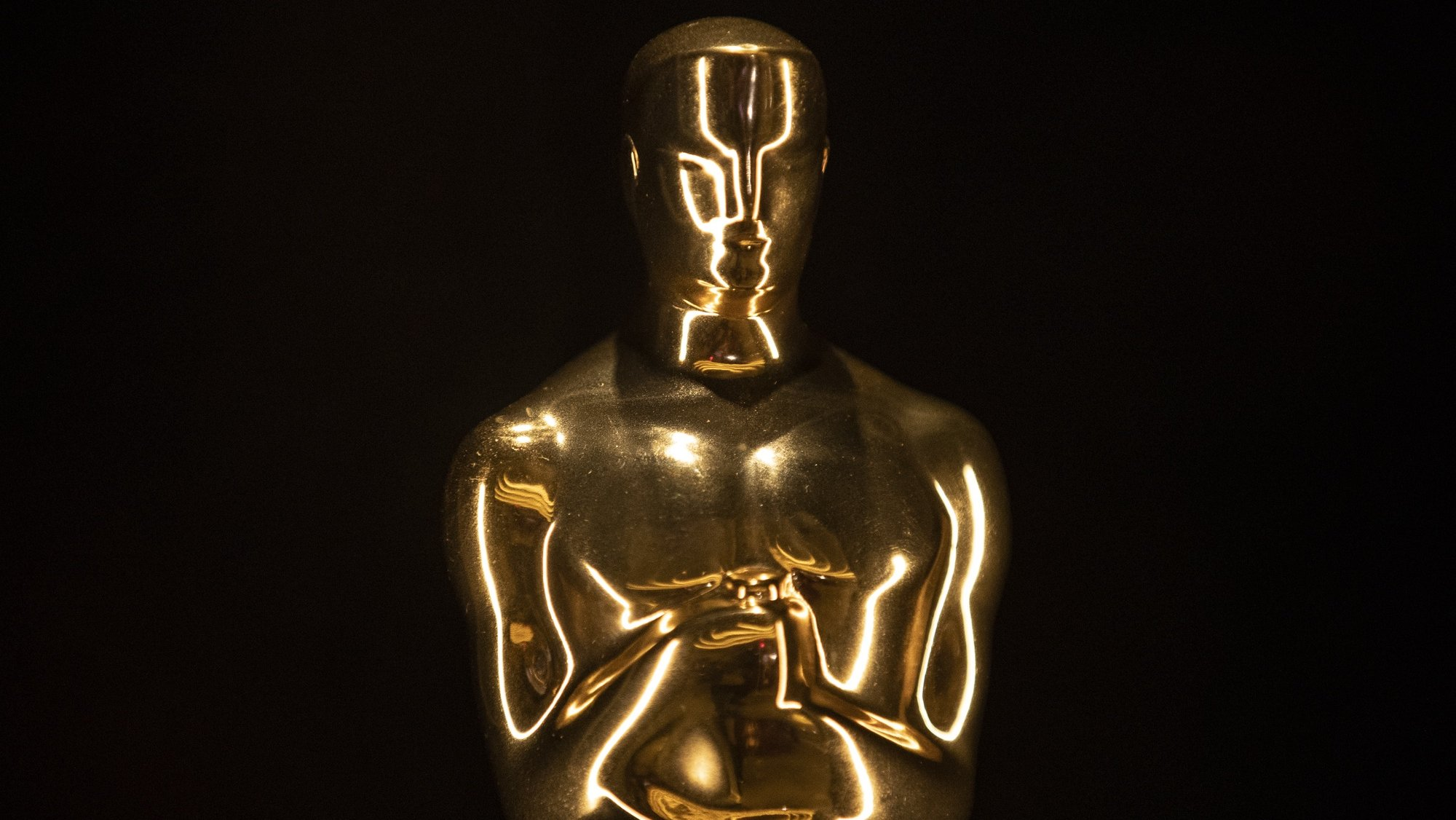 epa09480528 Oscars are displayed in a room during the press preview of the Academy Museum of Motion Pictures in Los Angeles, California, USA, 21 September 2021. The largest US institution devoted to movies and filmmaking, the Academy Museum of Motion Pictures, is set to open its doors to the public on 30 September 2021.  EPA/ETIENNE LAURENT