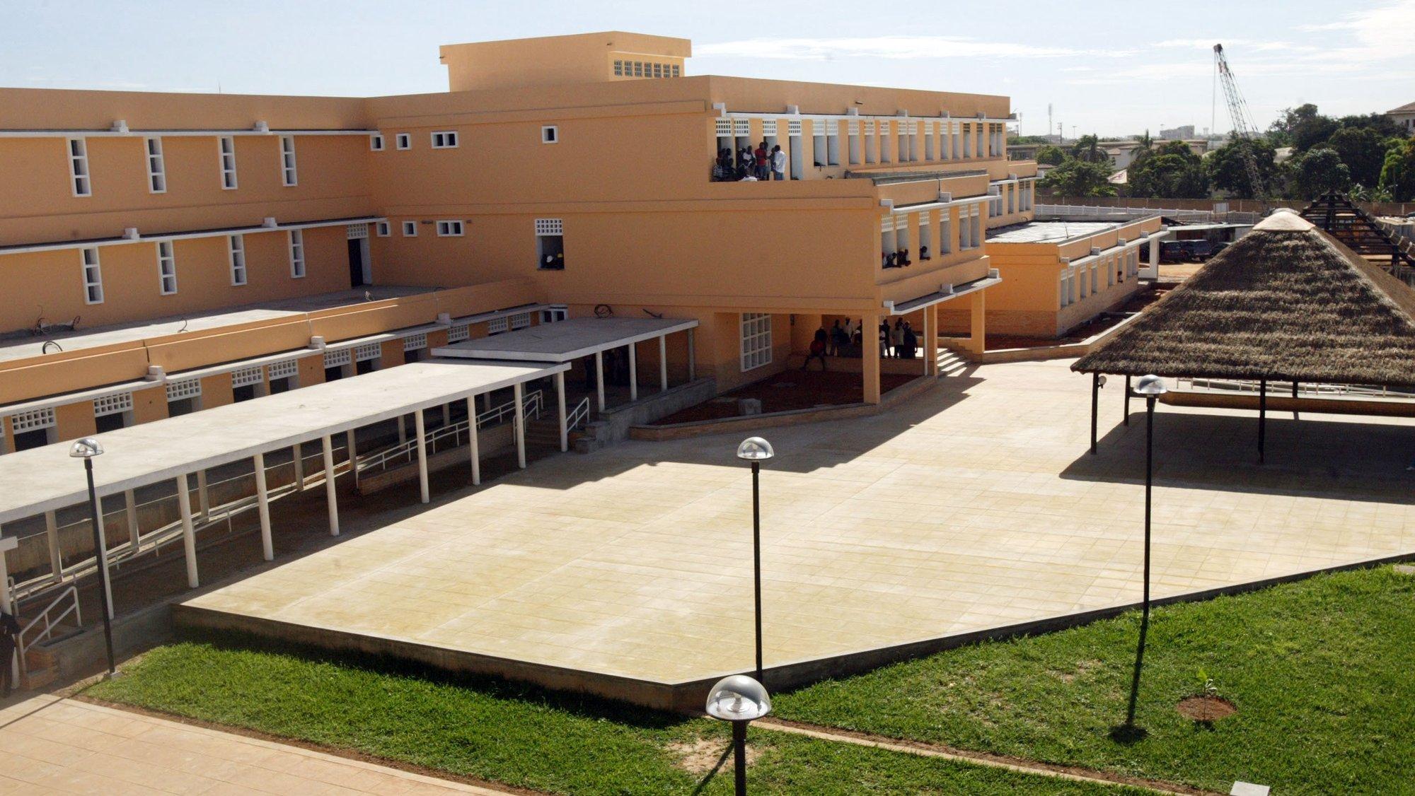 Instalações da Escola Portuguesa em Luanda.  LUSA / ANTONIO COTRIM
