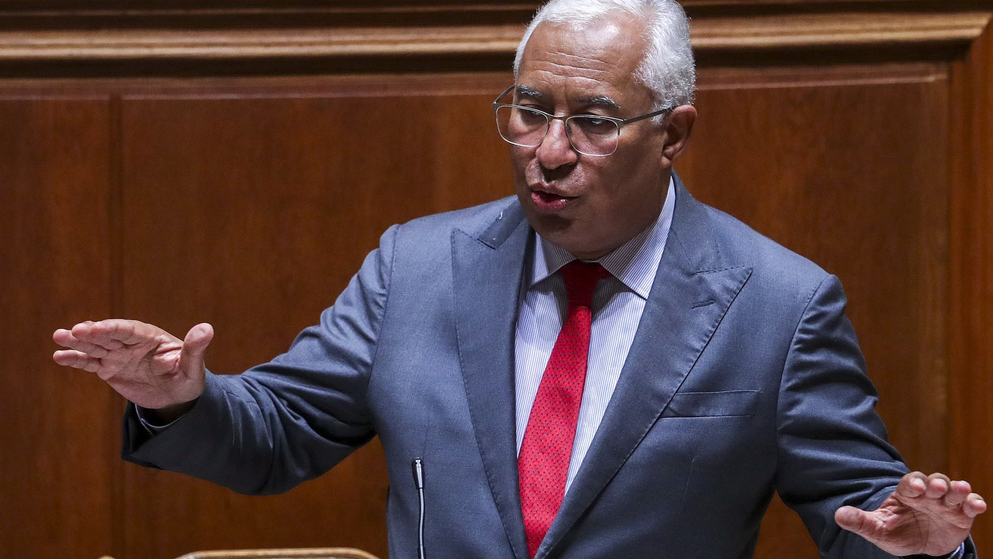 O primeiro-ministro, António Costa, intervém na sessão plenária do debate preparatório do Conselho Europeu, na Assembleia da República, em Lisboa, 20 de outubro 2021. TIAGO PETINGA/LUSA