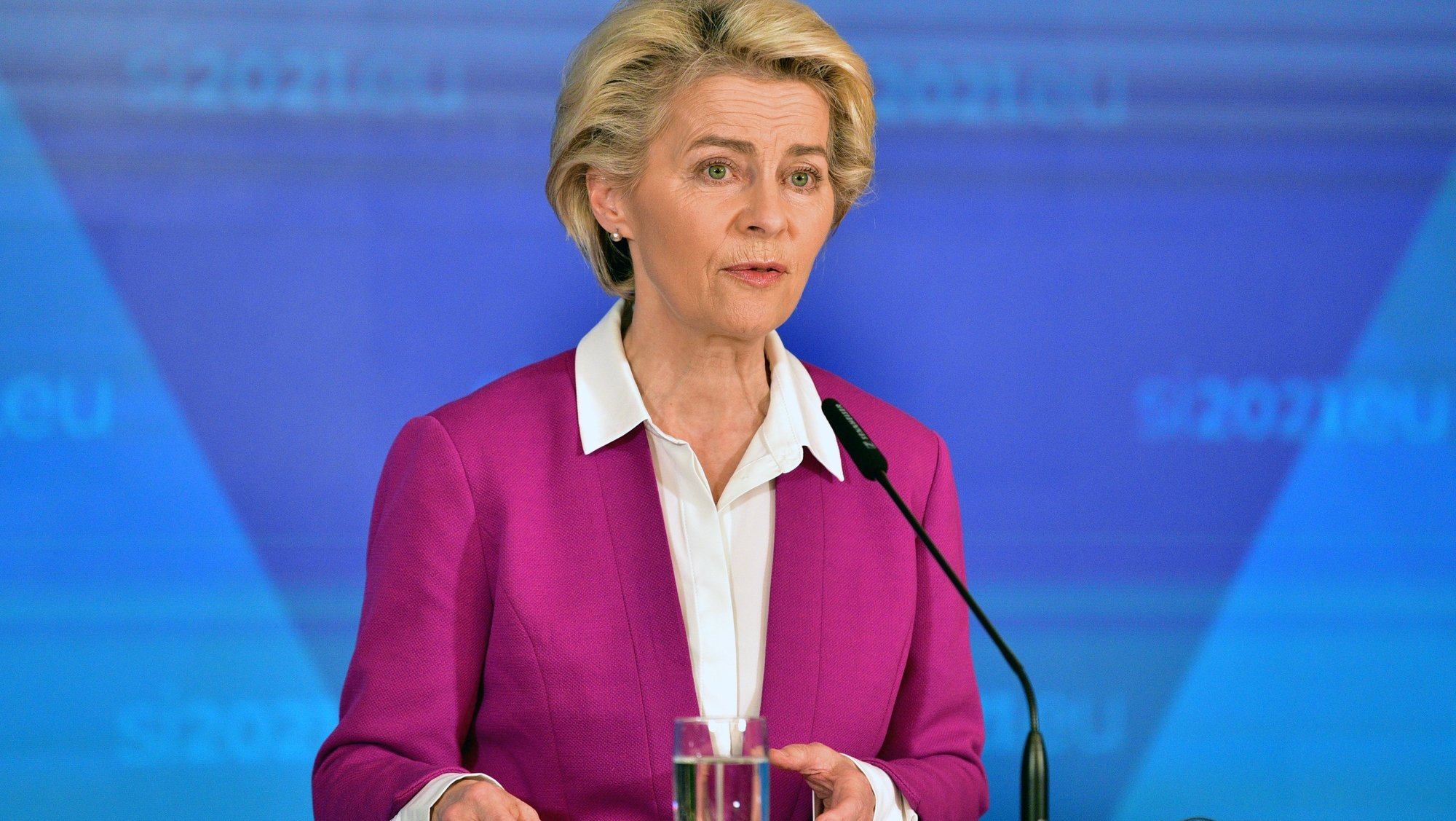 epa09509101 President of the European Commission, Ursula von der Leyen, attends a press conference during an EU-Western Balkans summit in Brdo pri Kranju, in Kranj, Slovenia, 06 October 2021. The summit, part of the EU's strategic engagement with the Western Balkans, is hosted by the Slovenian presidency of the Council and brings together leaders from EU member states and the six Western Balkans partners (Albania, Bosnia and Herzegovina, Serbia, Montenegro, North Macedonia and Kosovo).  EPA/IGOR KUPLJENIK