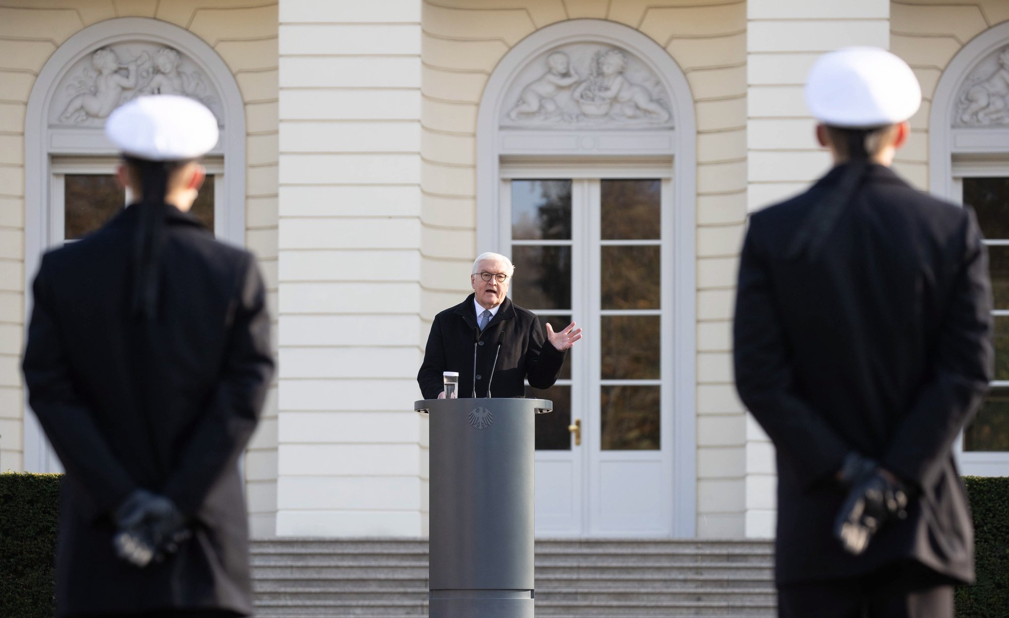 epa08815813 German President Frank-Walter Steinmeier delivers a speech during a swearing in ceremony of the German armed forces (Bundeswehr) soldiers in Berlin, Germany, 12 November 2020. The ceremony takes place on the 65th anniversary of the founding of the German army.  EPA/HAYOUNG JEON