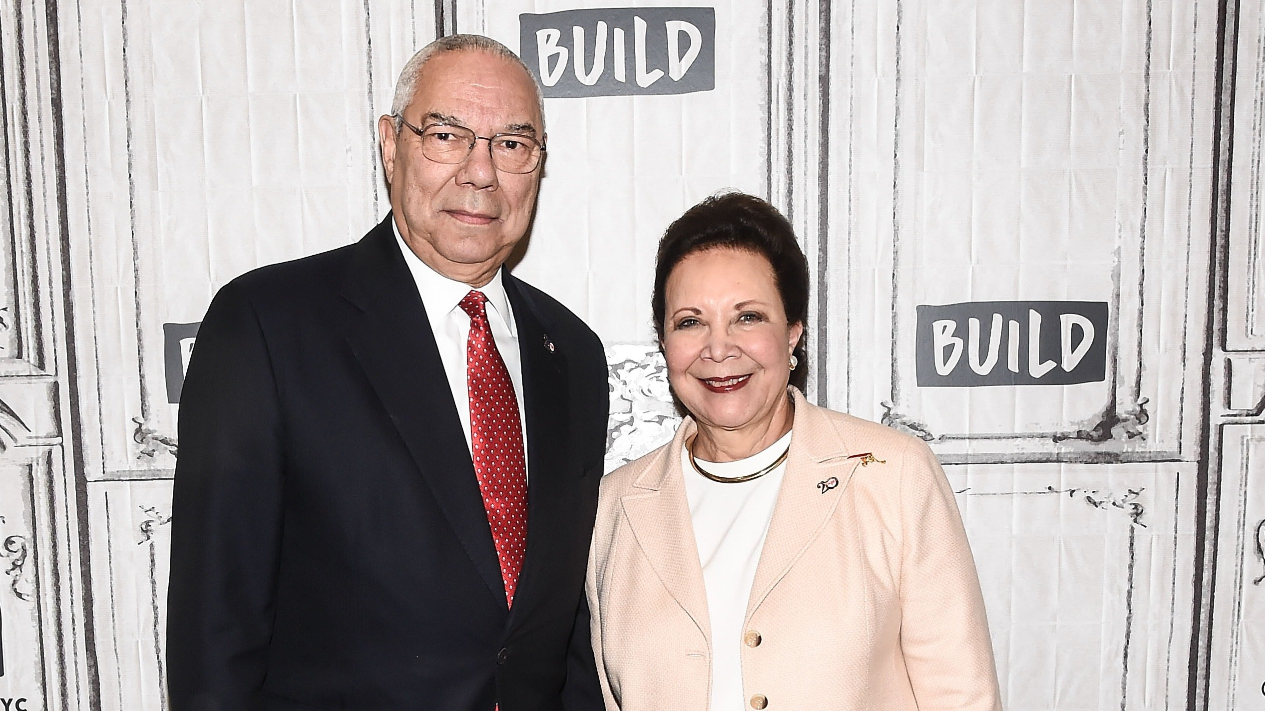 Colin Powell e a mulher, Alma Powell
