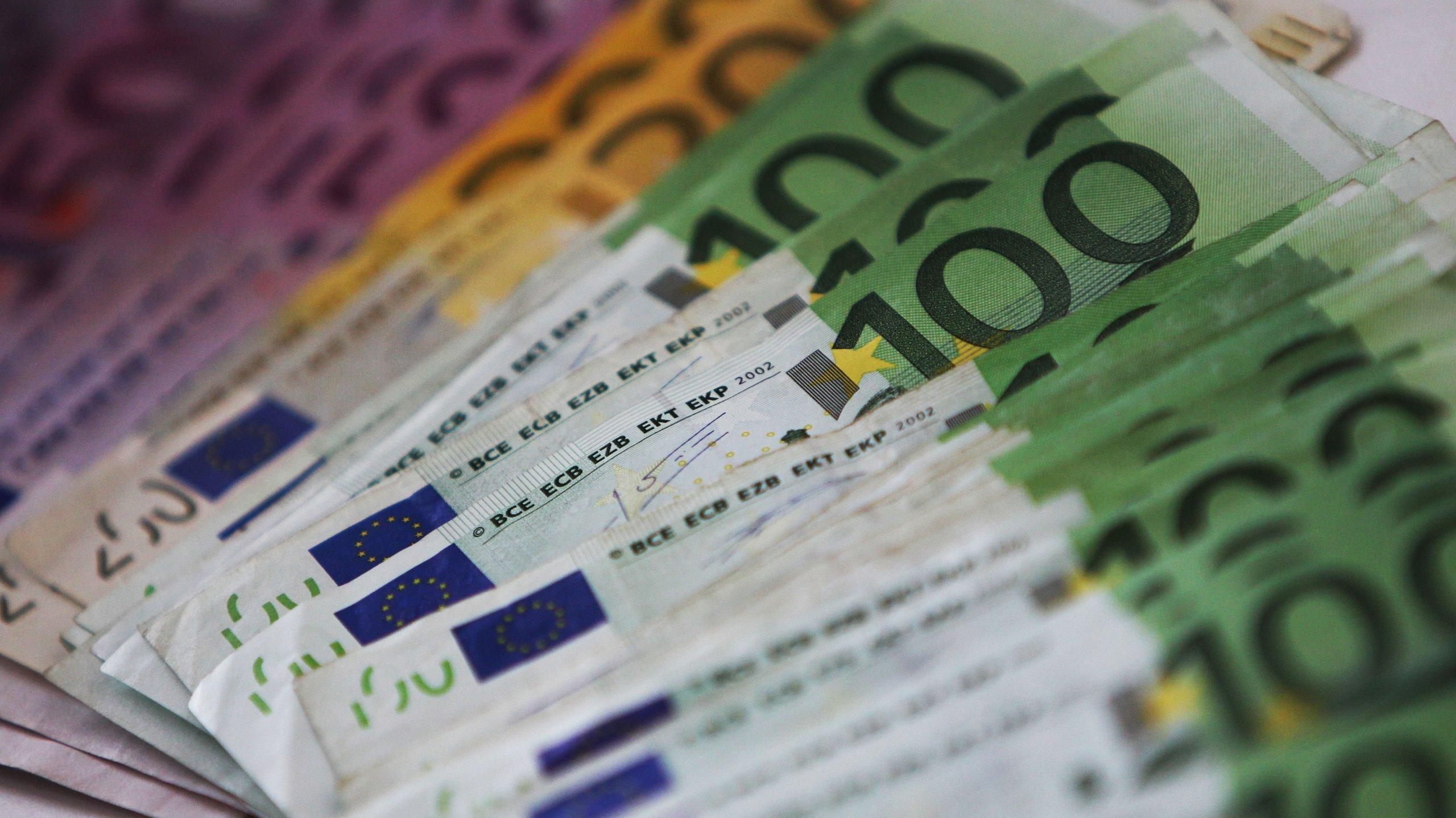 GERMANY-FINANCE-EURO-THEME-MONEY