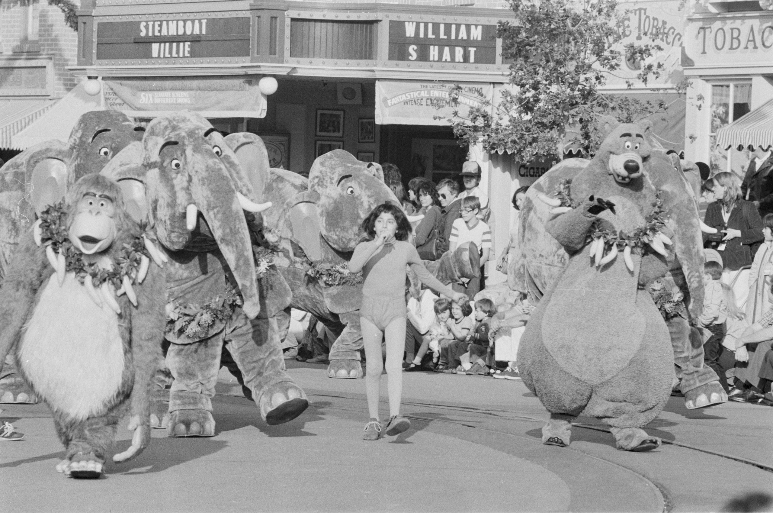 Parade de Noël à Disneyland en 1981