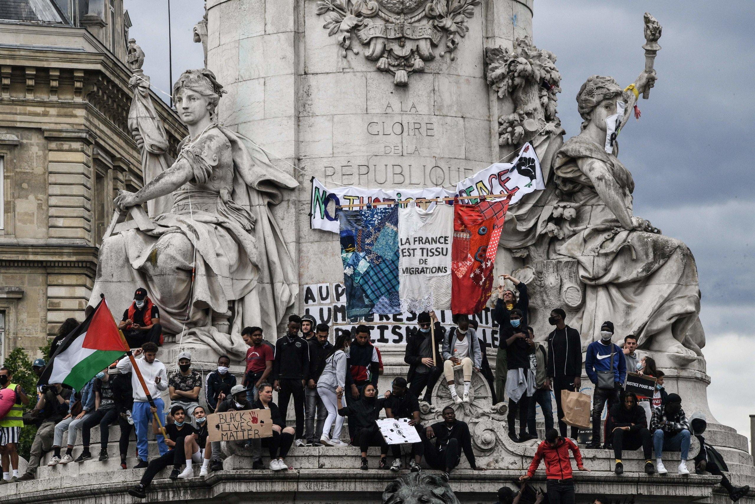 FRANCE-POLITICS-RACISM-POLICE-PROTEST