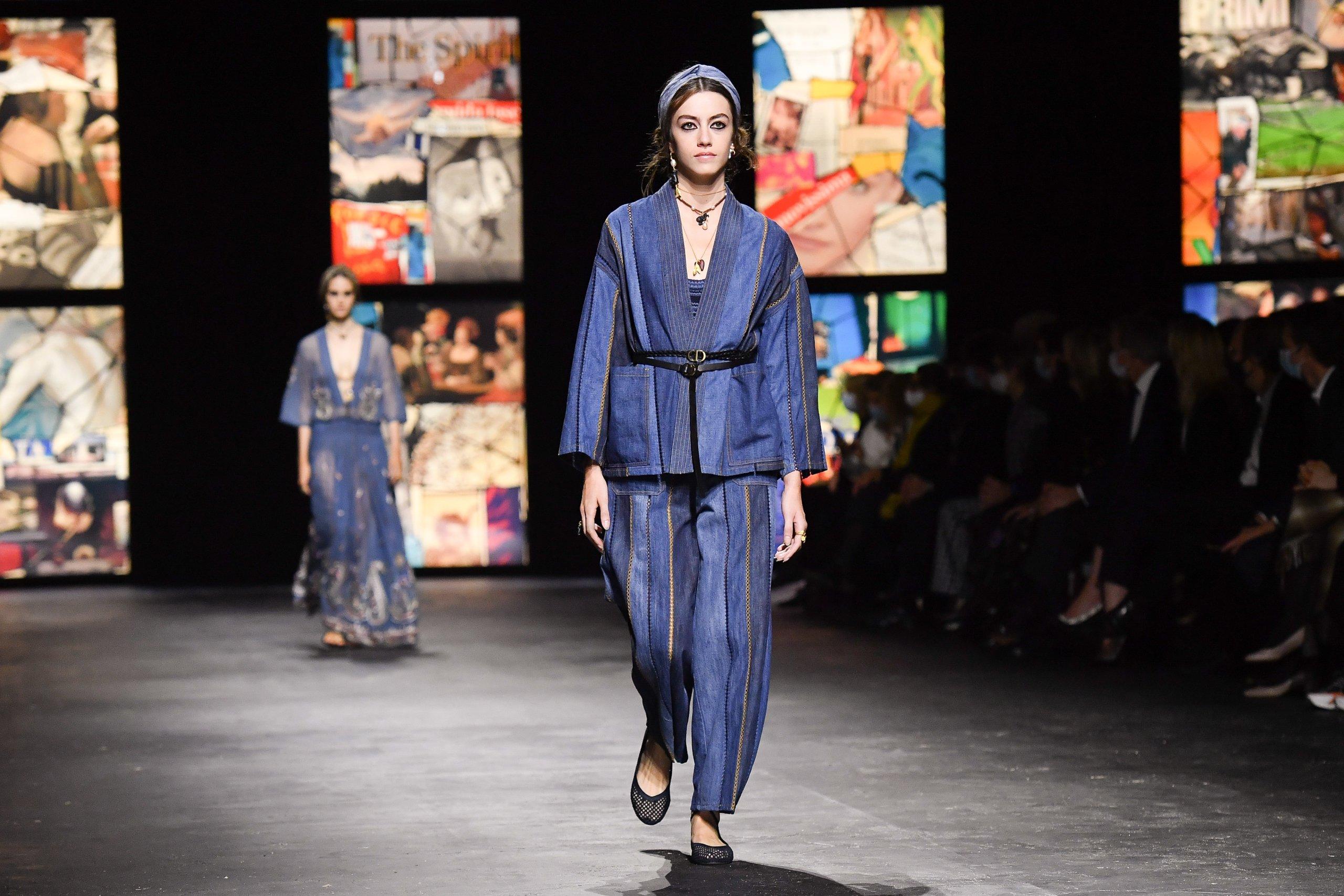 Dior : Runway - Paris Fashion Week - Womenswear Spring Summer 2021