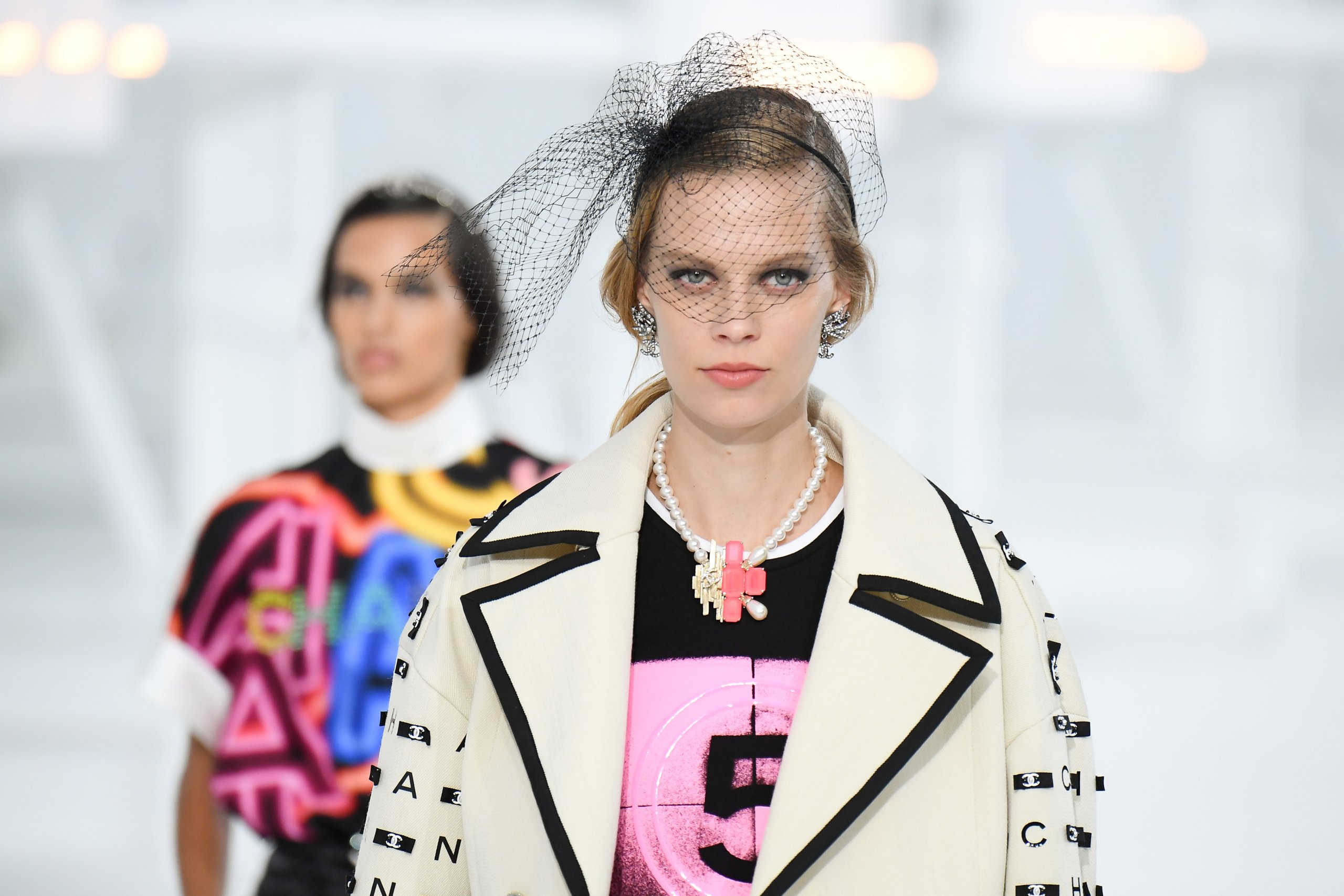 Chanel : Runway - Paris Fashion Week - Womenswear Spring Summer 2021
