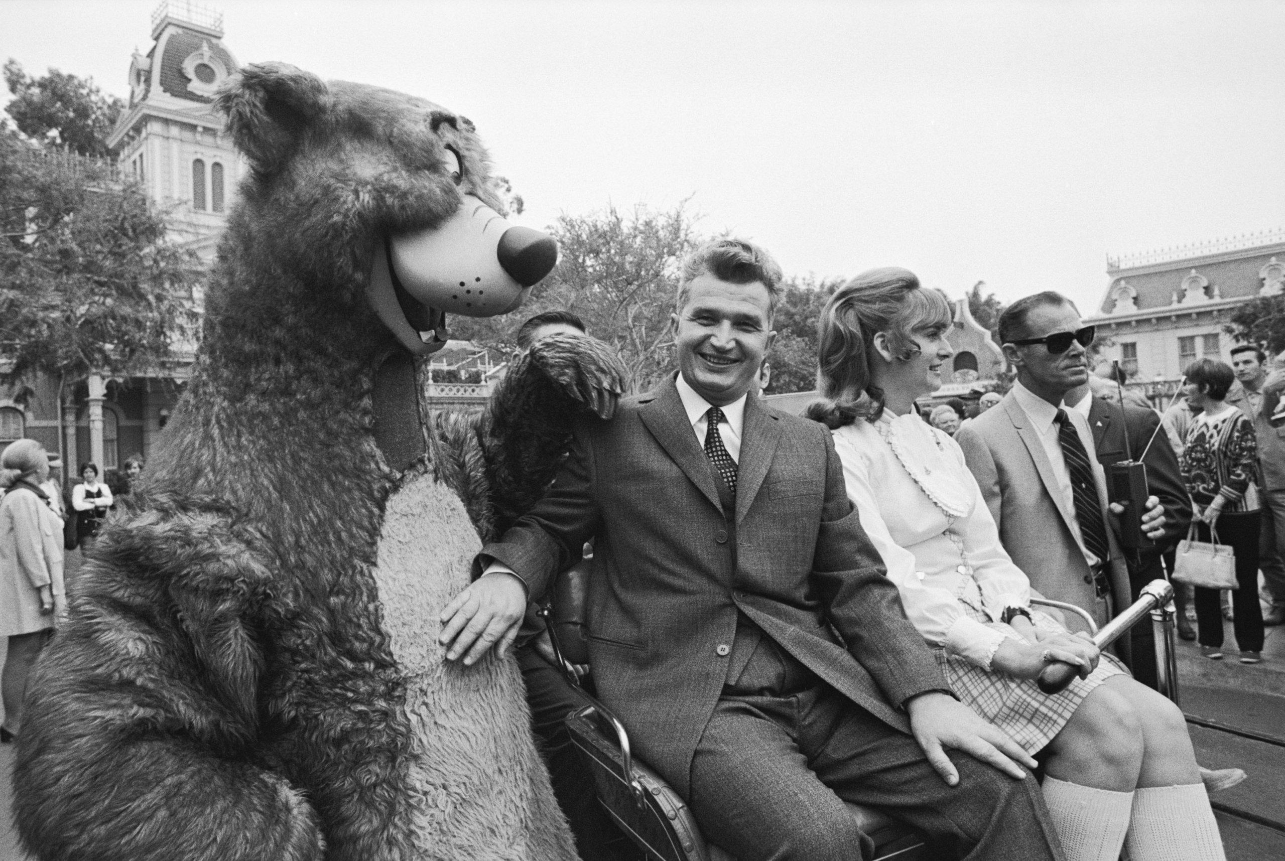 Romanian Leader Visits Disneyland