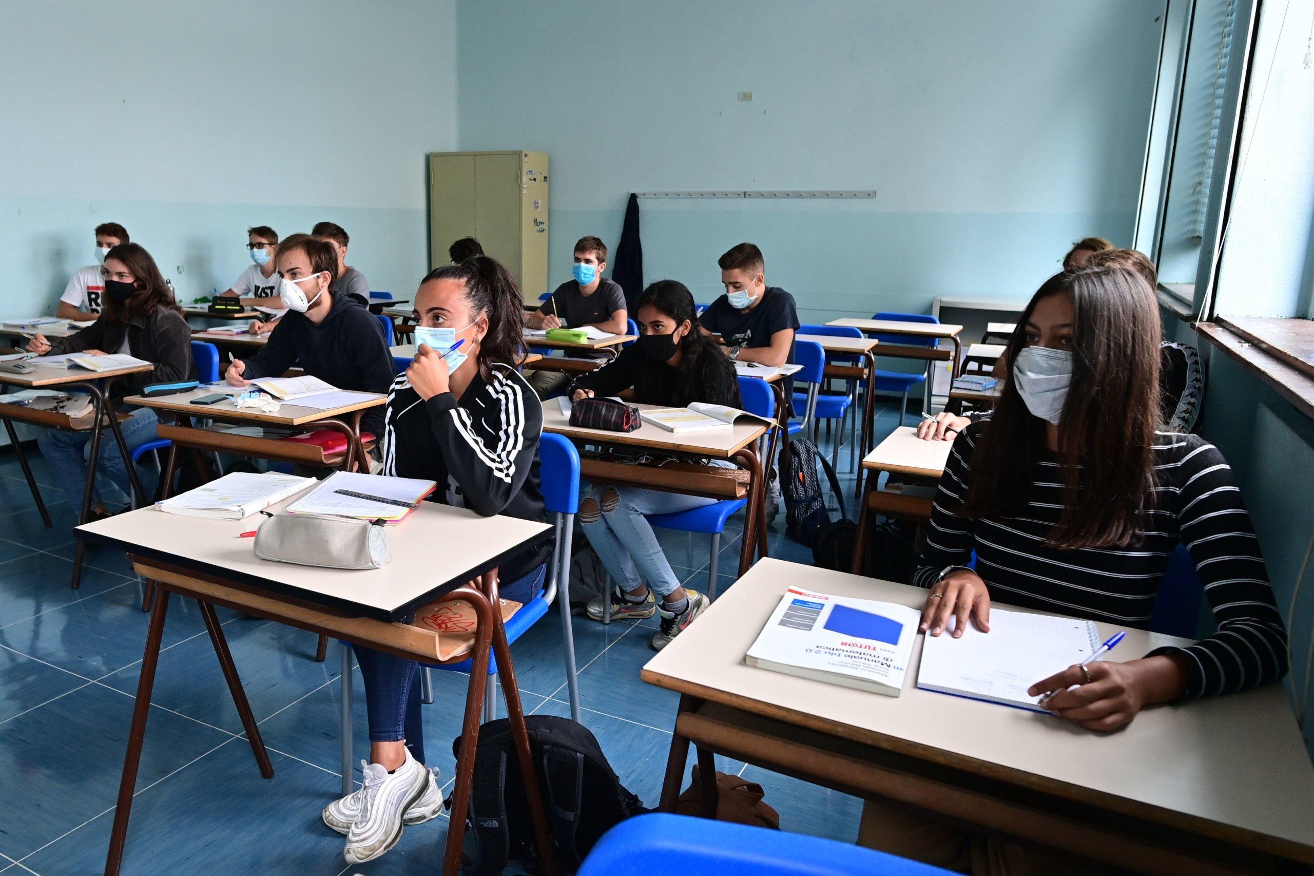 ITALY-HEALTH-VIRUS-EDUCATION-SCHOOL