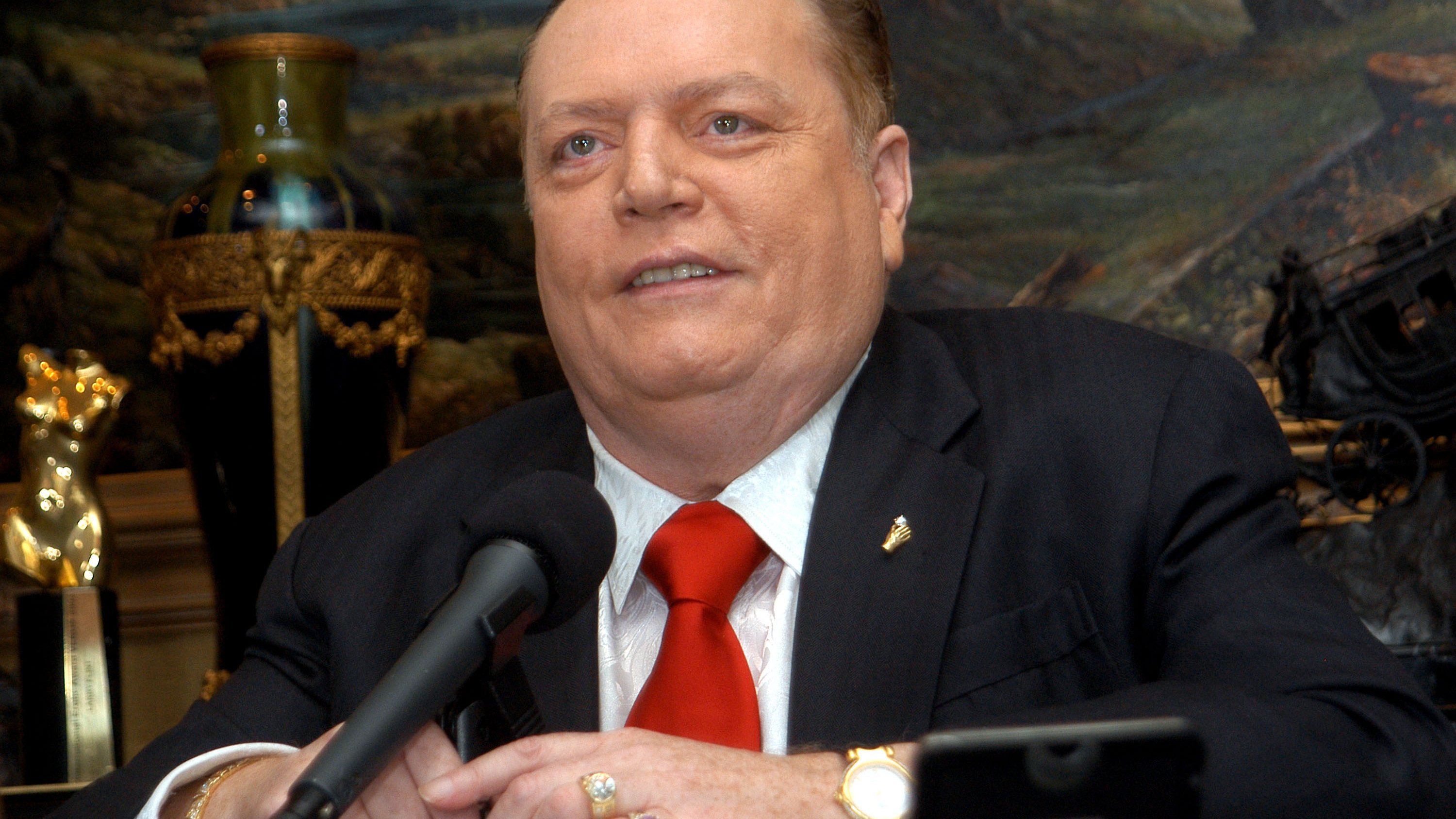 Publisher Larry Flynt Announces His Official Run For California Governor's Recall Election