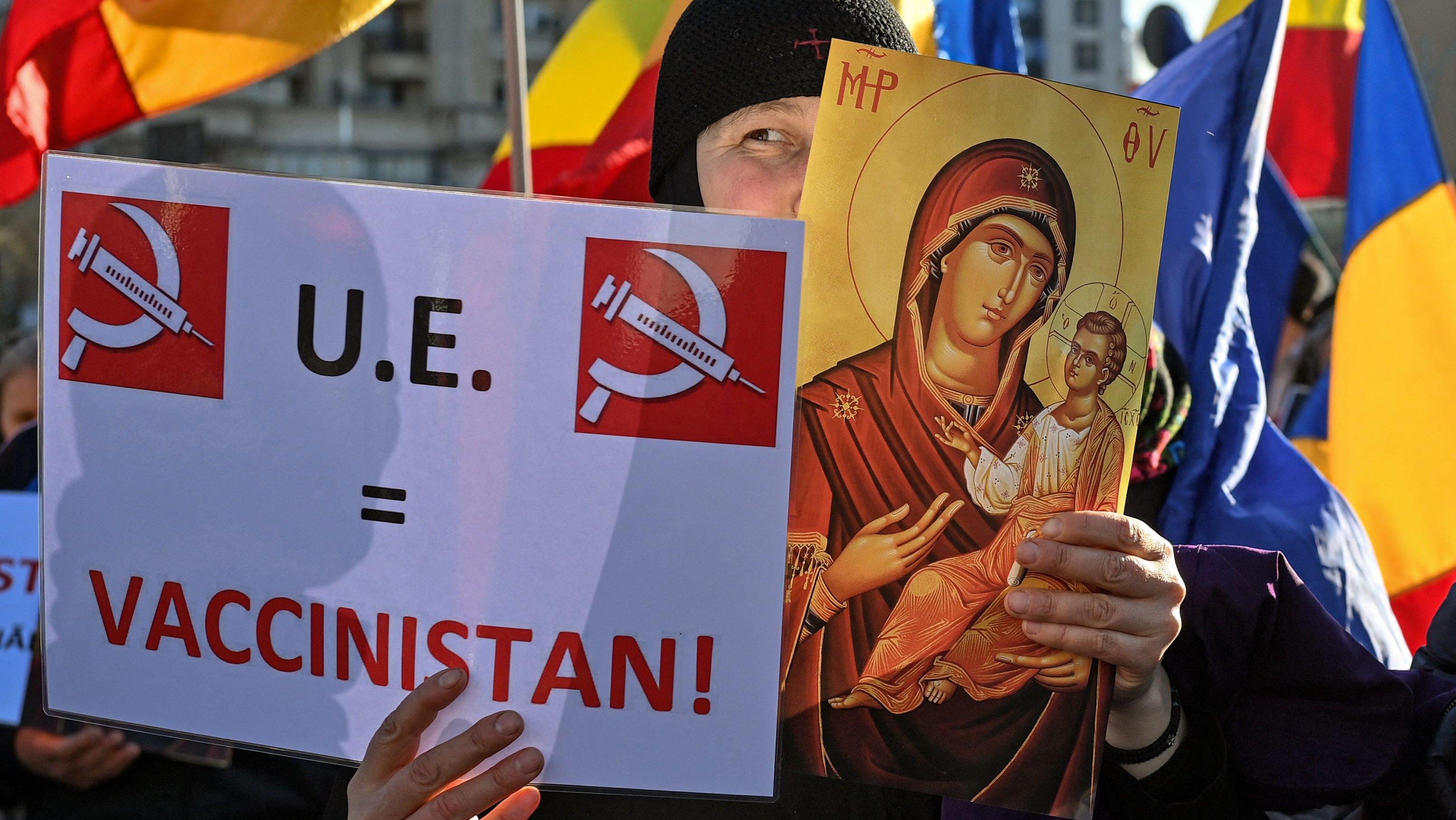 ROMANIA-HEALTH-VIRUS-VACCINE-PROTEST
