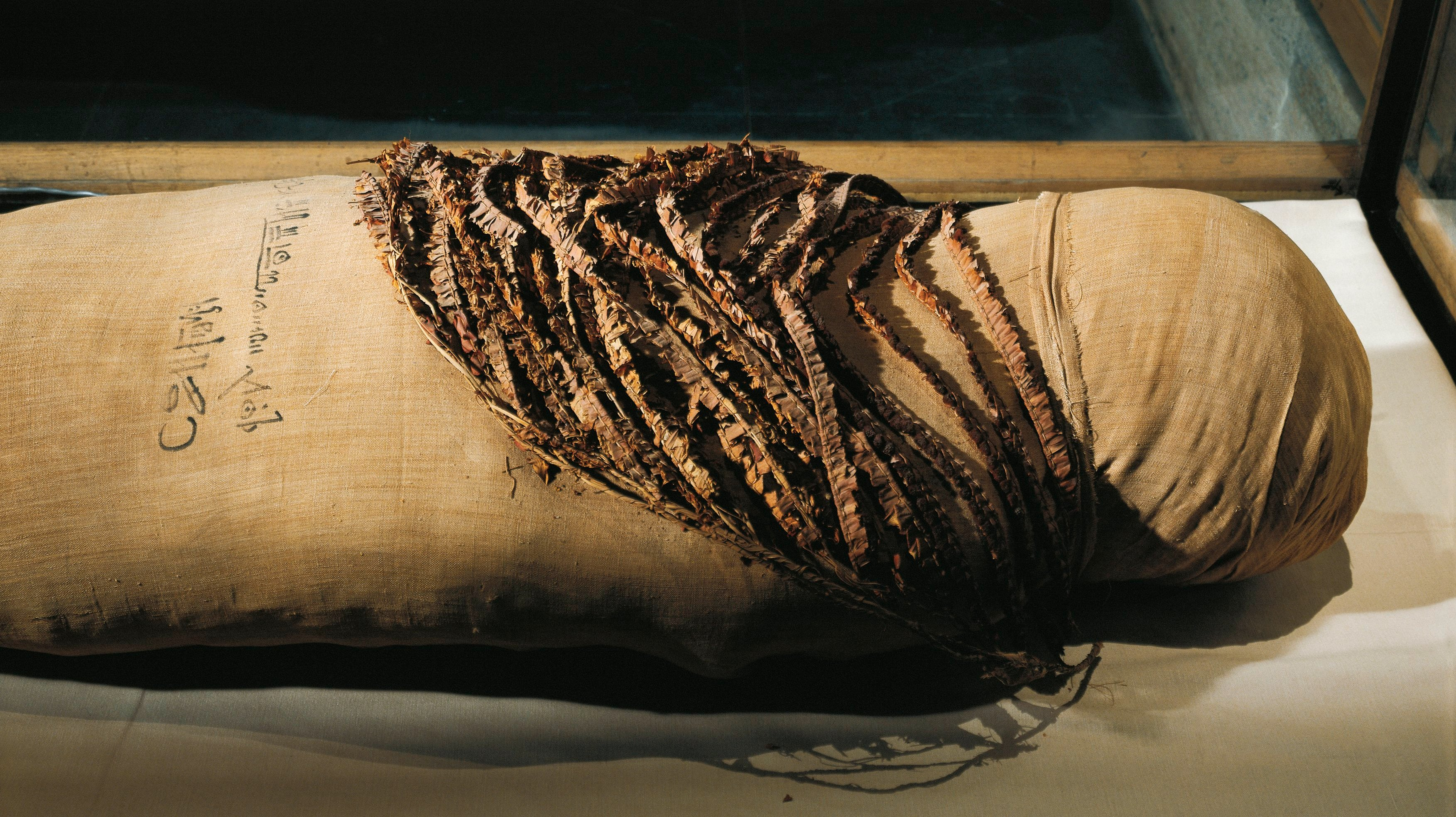 Mummy of Queen Merytamun, wife of Amenhotep, wrapped in linen bandages from the Valley of the Queens
