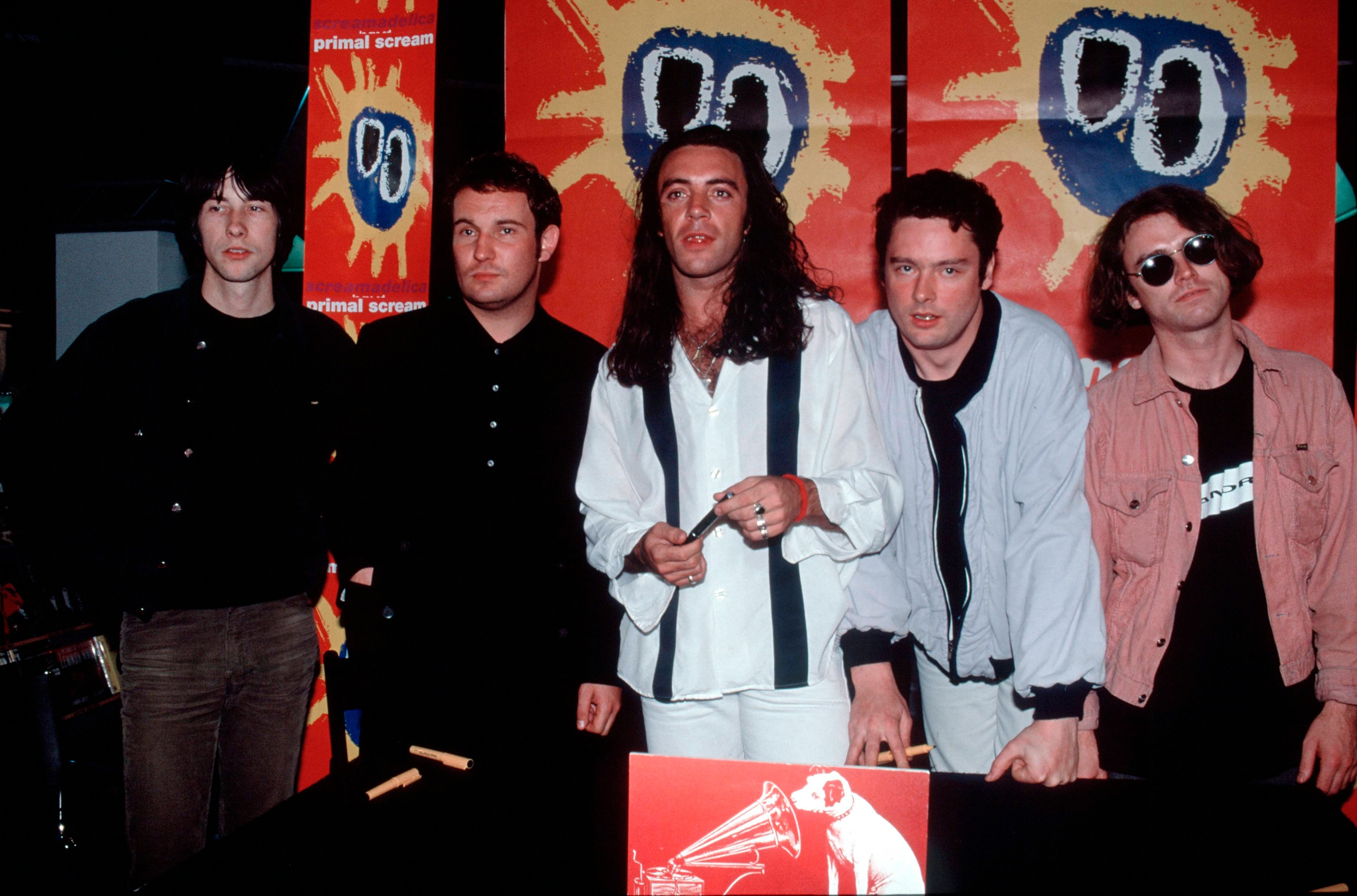 Photo of Robert YOUNG and PRIMAL SCREAM and Henry OLSEN and Bobby GILLESPIE and Andrew INNES