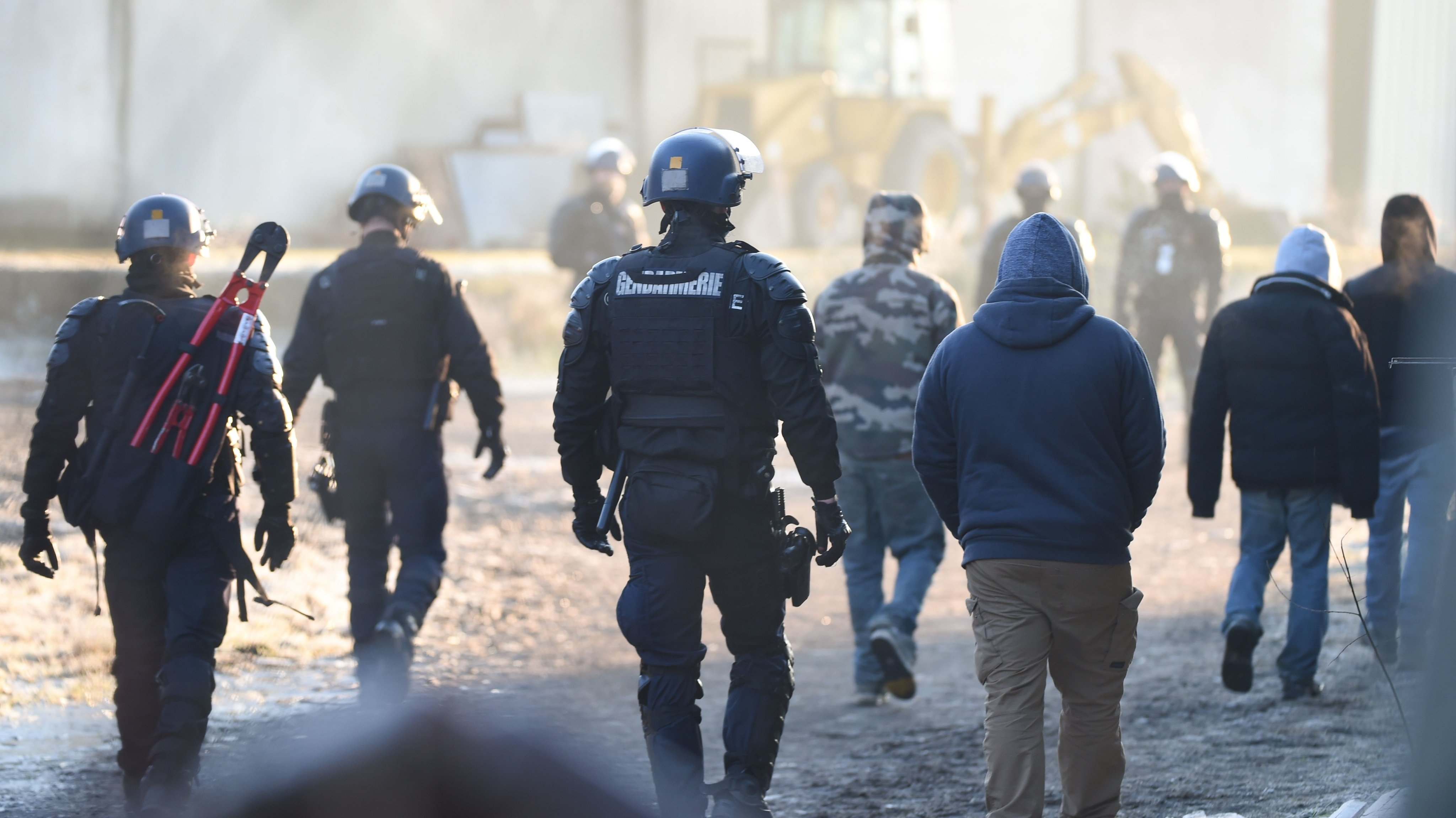 FRANCE-HEALTH-VIRUS-MUSIC-POLICE