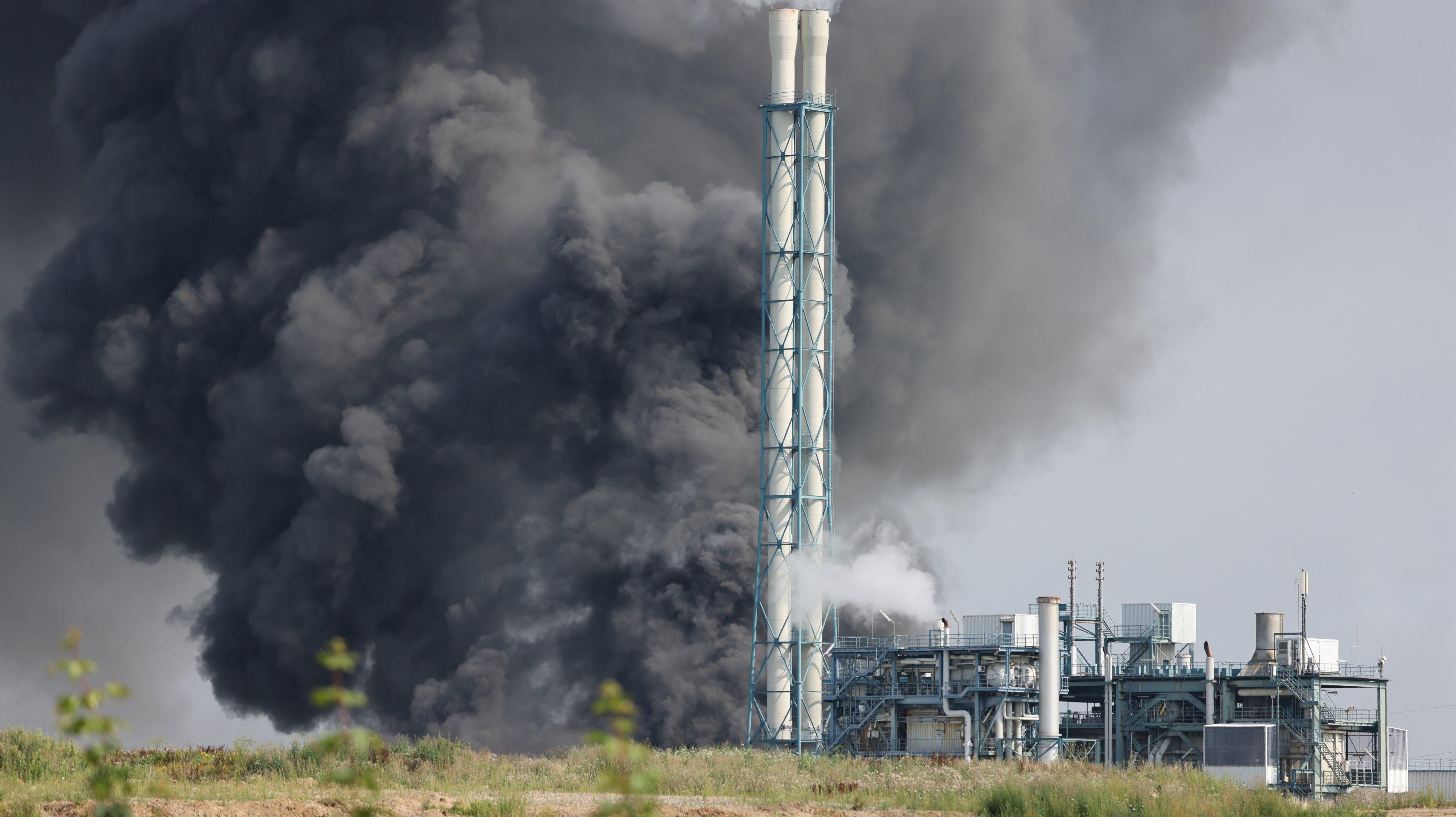 Cloud of smoke over Chempark Leverkusen