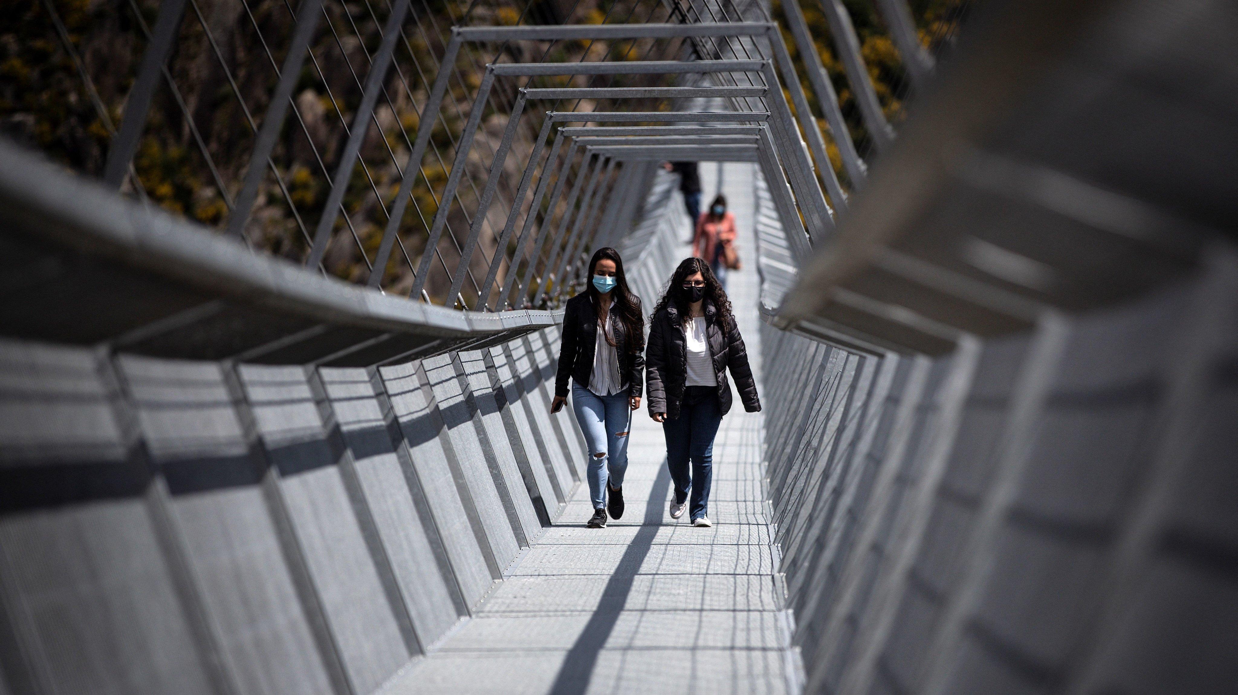PORTUGAL-INFRASTRUCTURE-TOURISM-BRIDGE