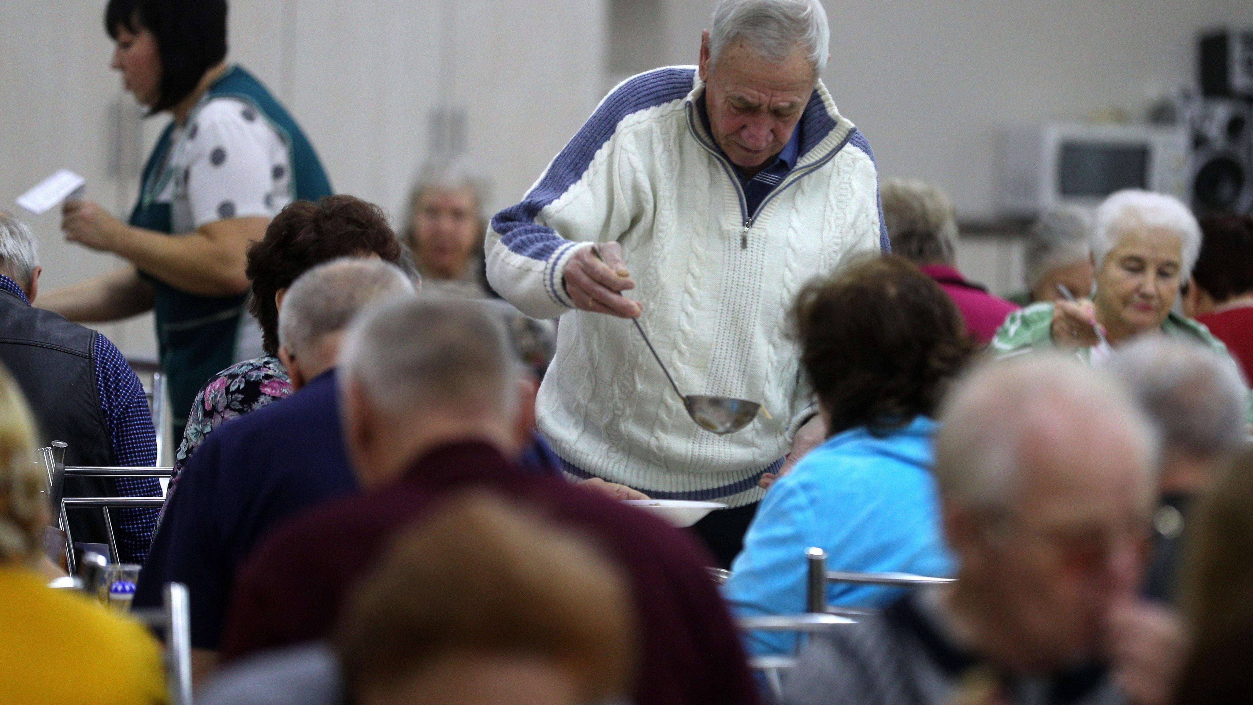 Vtoroye Dykhaniye health and leisure programme for elderly people in Yaroslavl Region, Russia